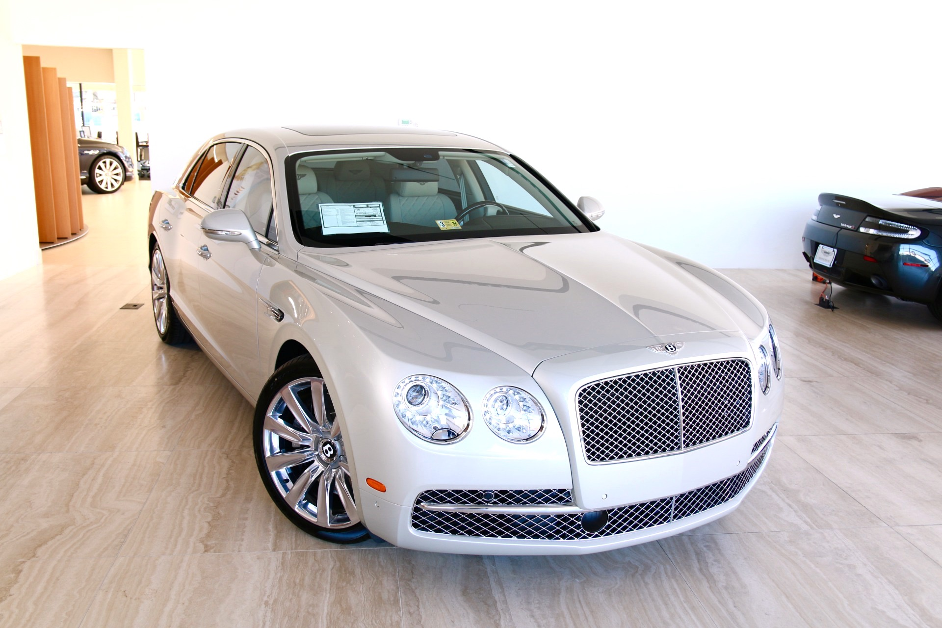 Used 2017 Bentley Flying Spur  | Vienna, VA