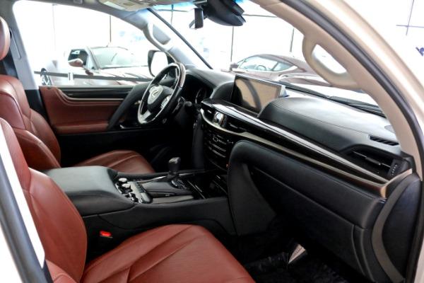 Used 2016 Lexus LX 570    Vienna, VA