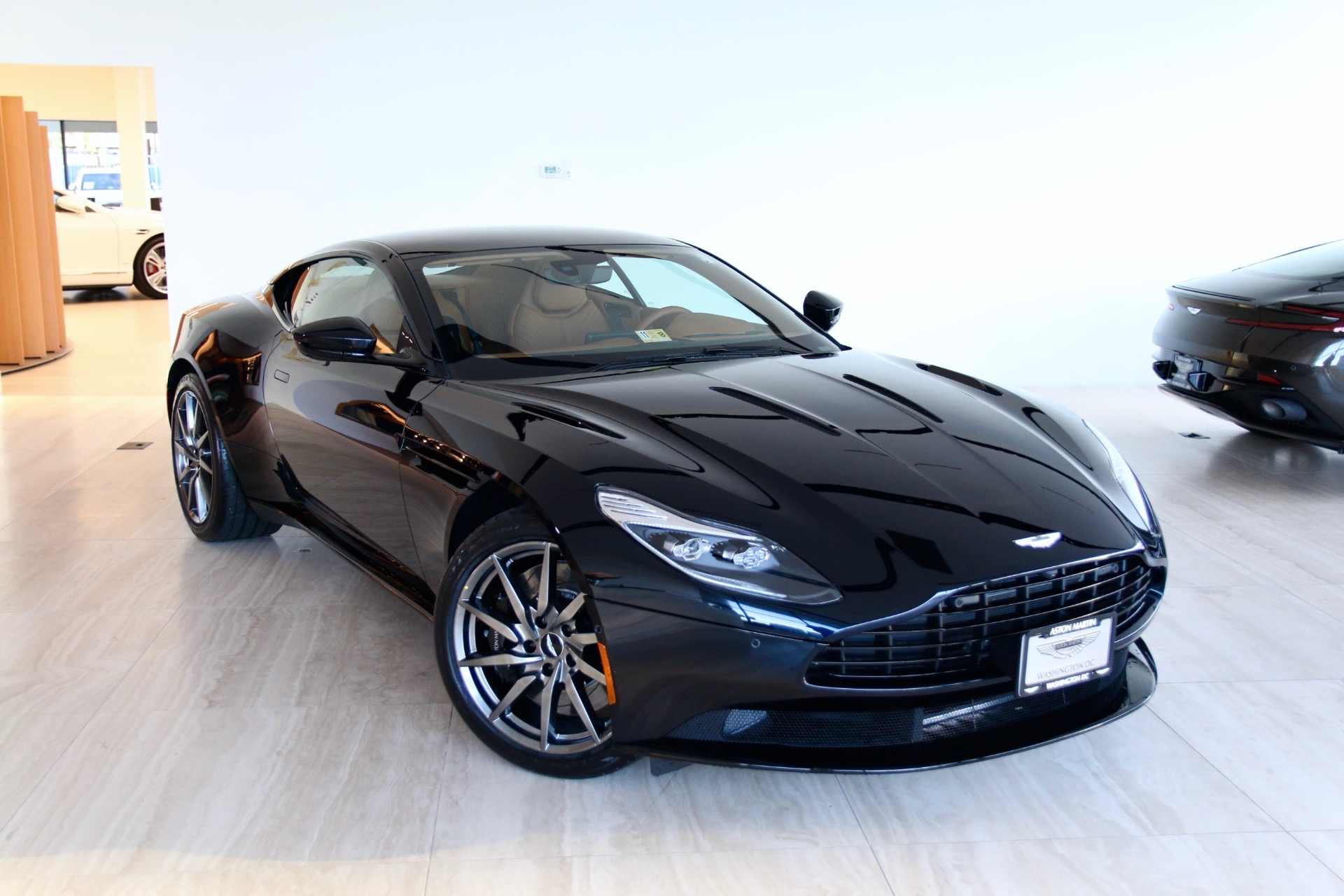 2018 Aston Martin Db11 V12 Stock 8nl03158 For Sale Near Vienna Va
