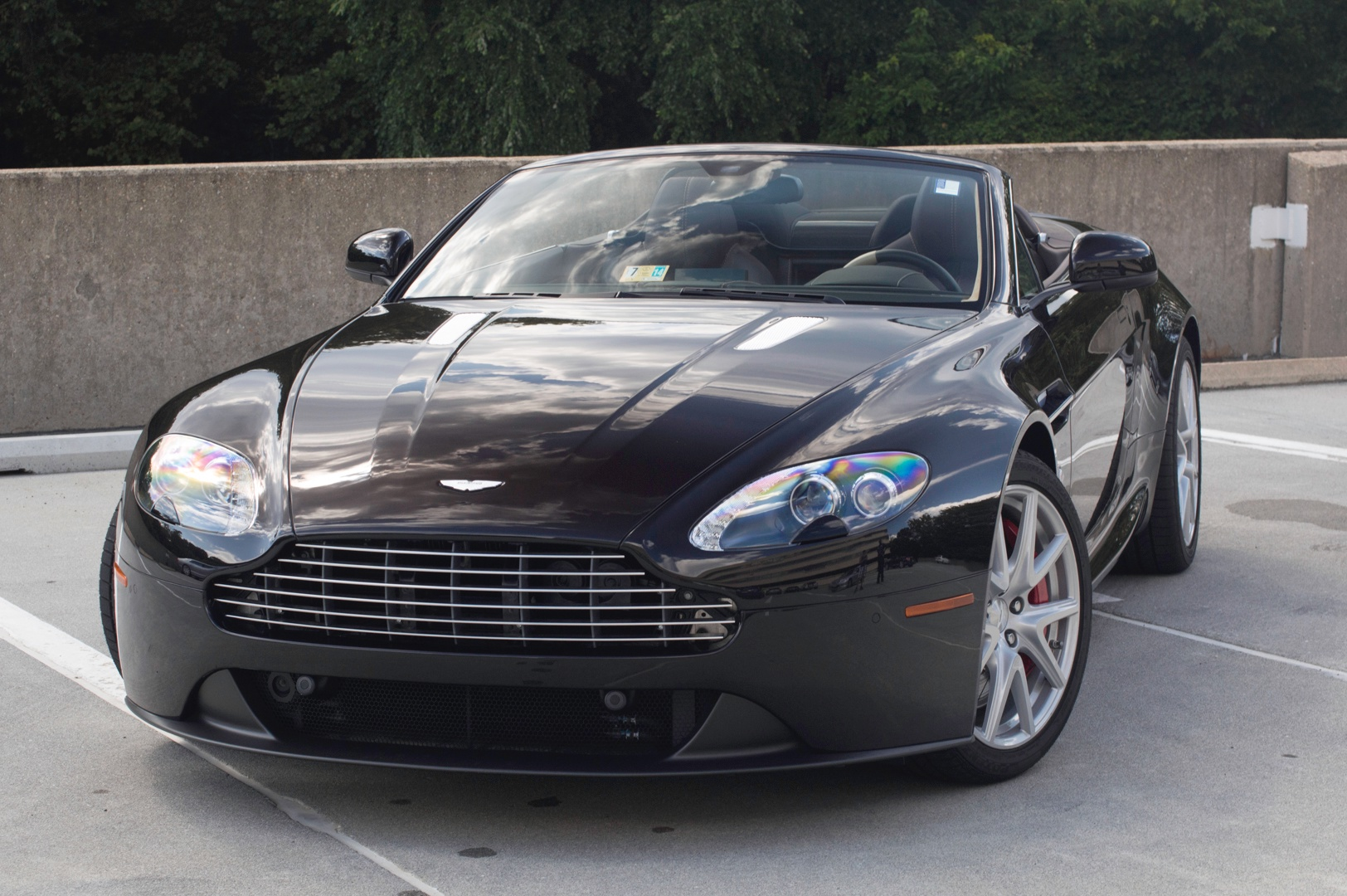 2014 Aston Martin V8 Vantage Roadster Stock 4nd17846 For Sale Near Vienna Va Va Aston Martin Dealer