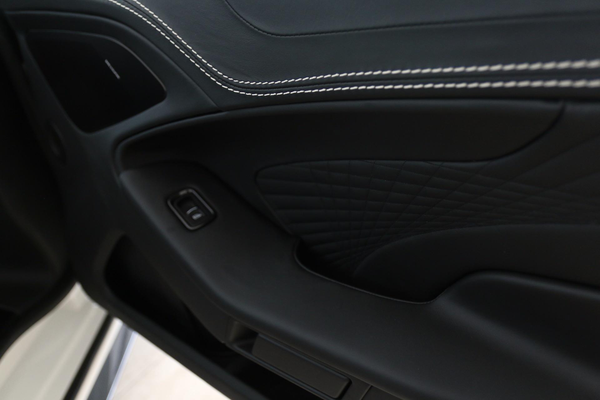 New-2018-Aston-Martin-Vanquish-Volante