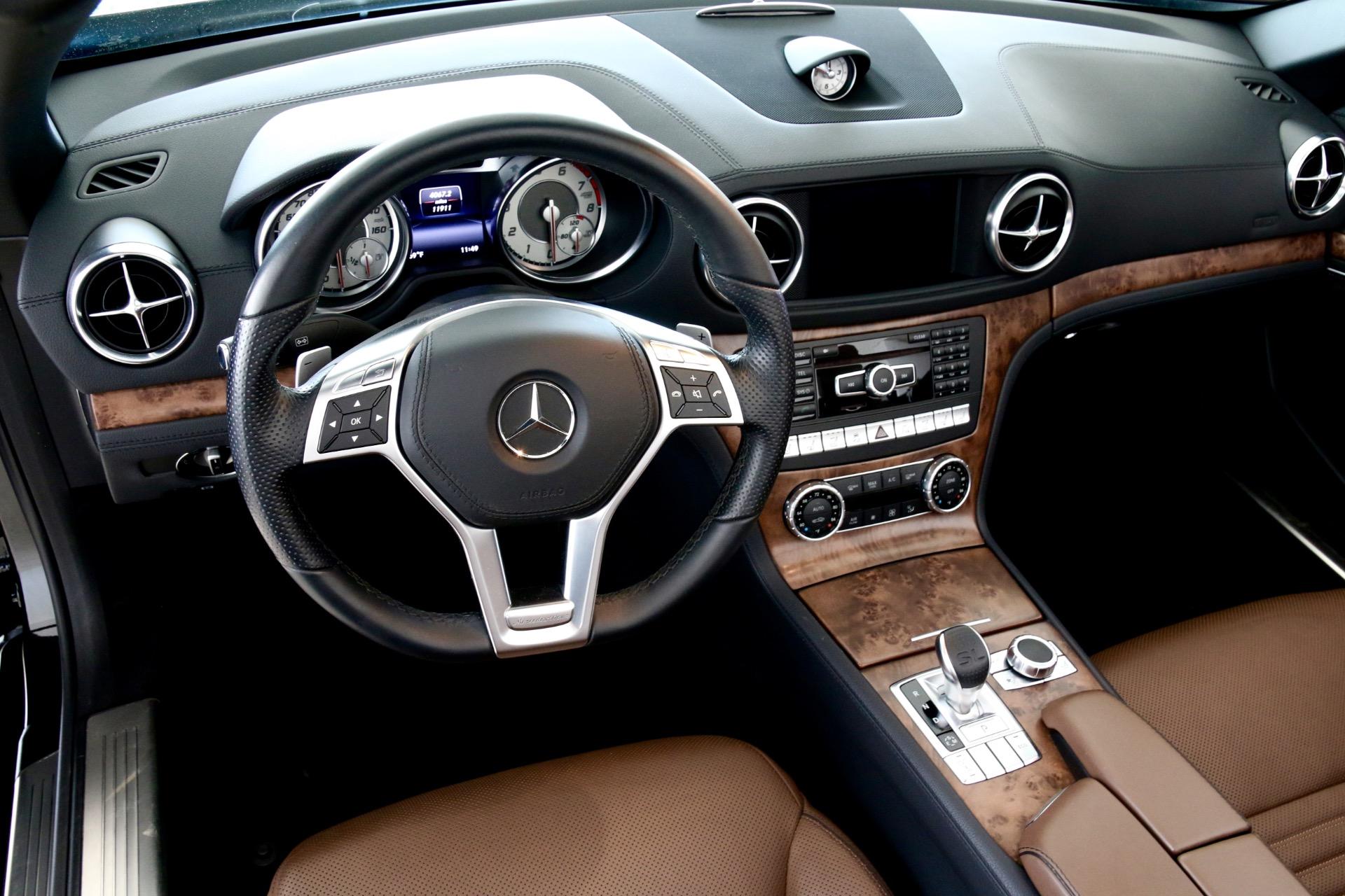 Used-2014-Mercedes-Benz-SL-Class-SL-550