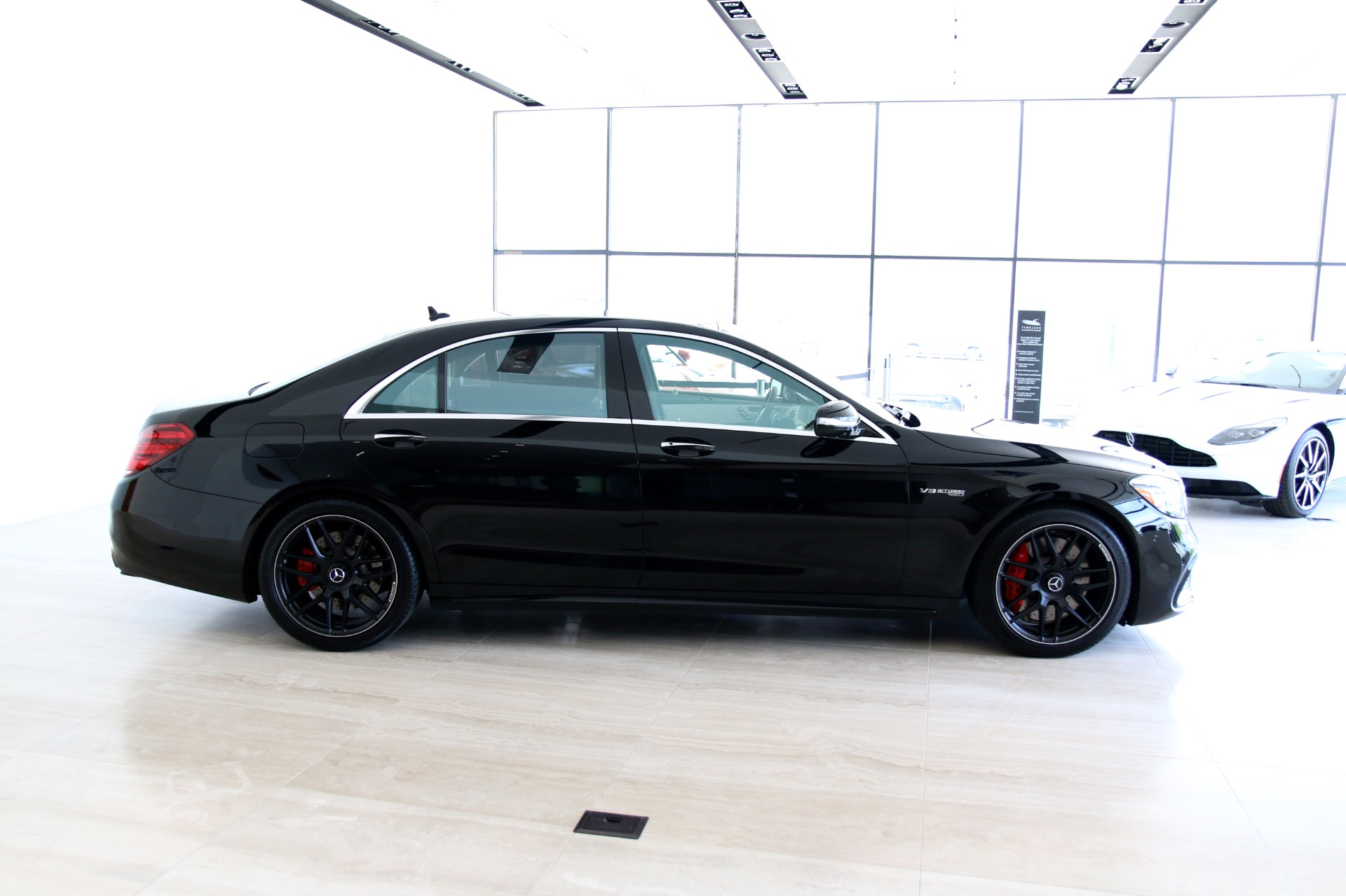 Used-2018-Mercedes-Benz-S-Class-AMG-S63