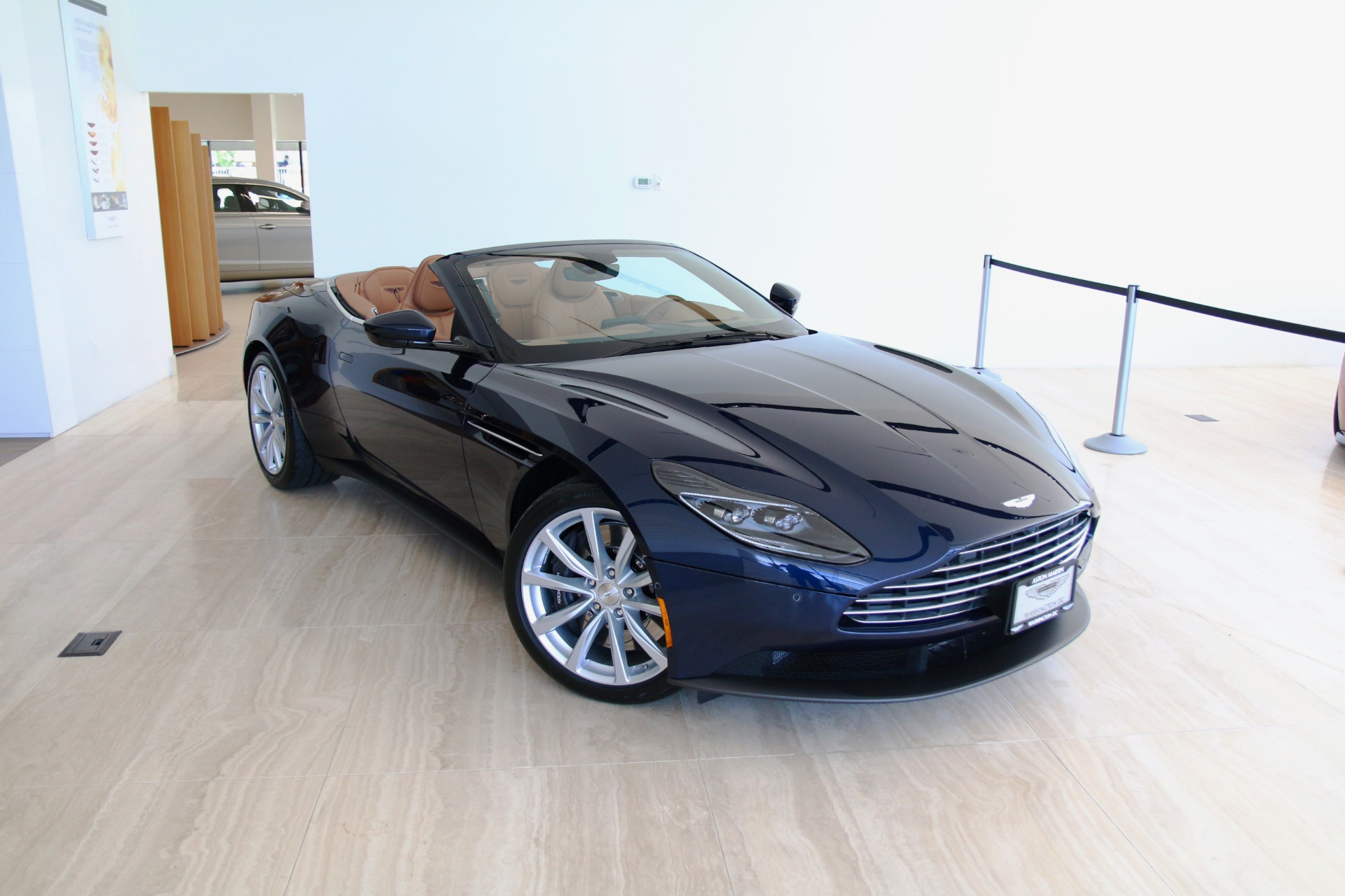 2019 Aston Martin Db11 Volante Stock 9nm06056 For Sale Near Vienna