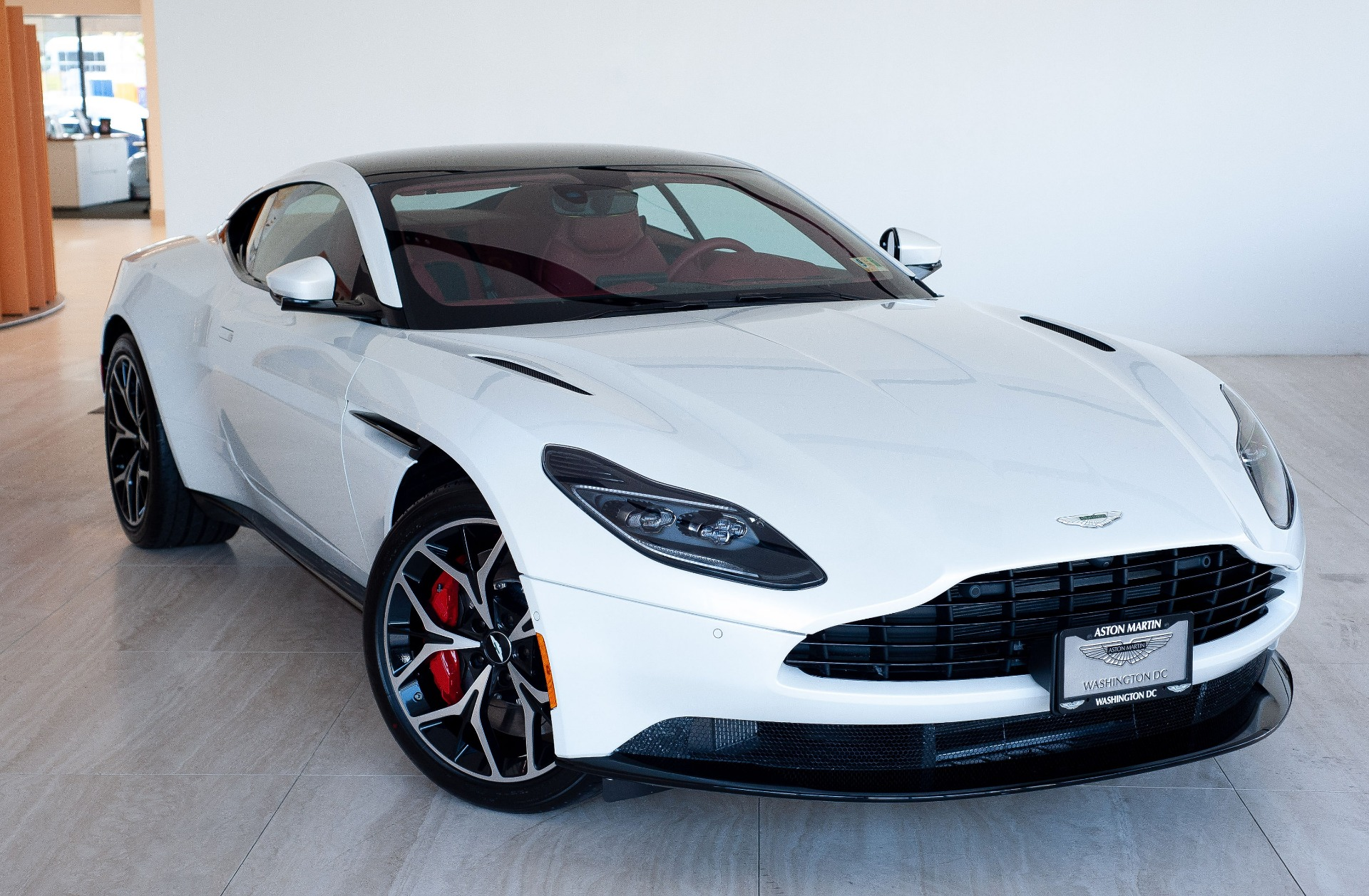 2019 aston martin db11 v8 stock # 9nl06535 for sale near vienna, va