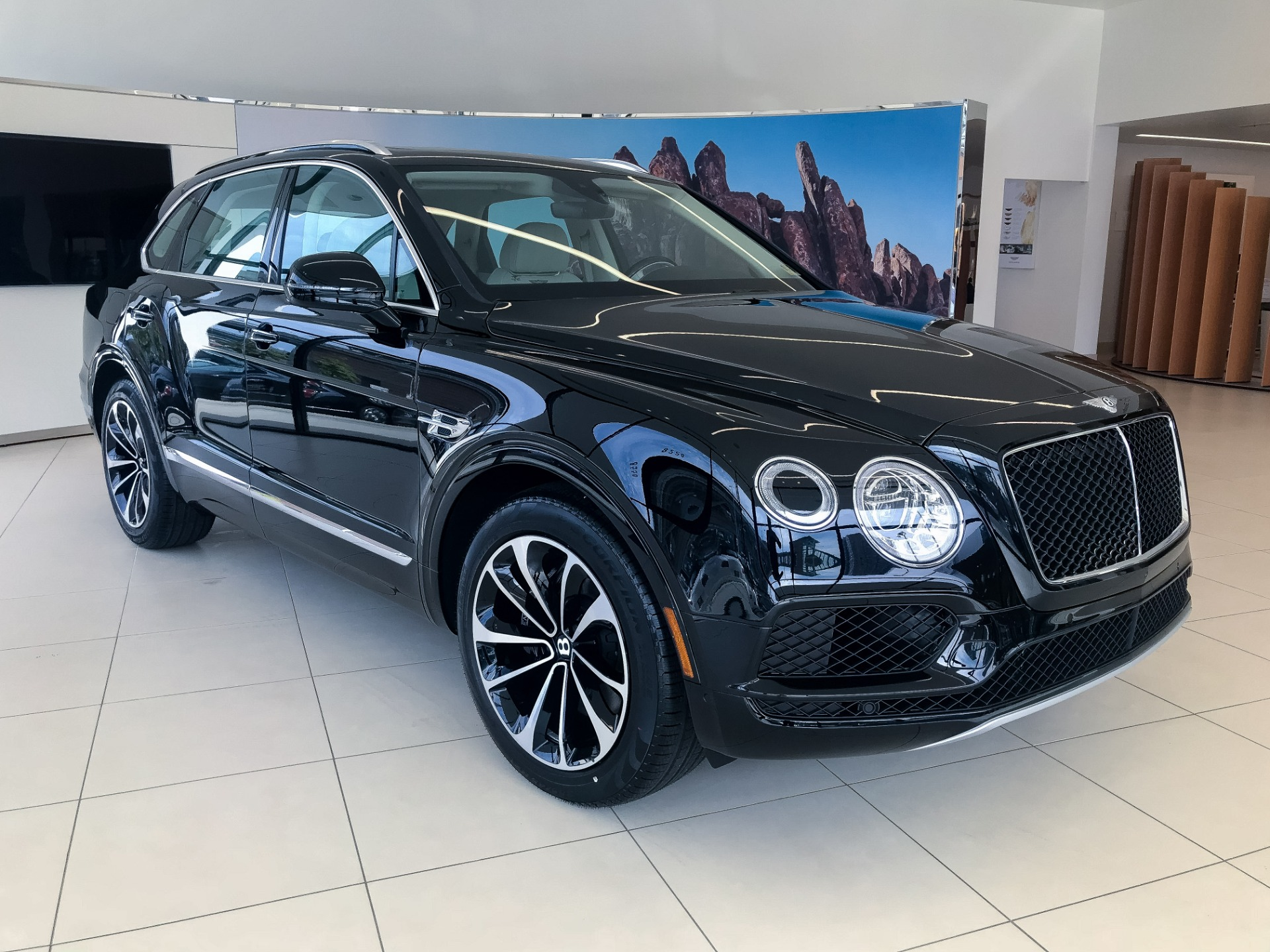 Bentley Bentayga For Sale >> 2019 Bentley Bentayga V8 Stock 9n024517 For Sale Near