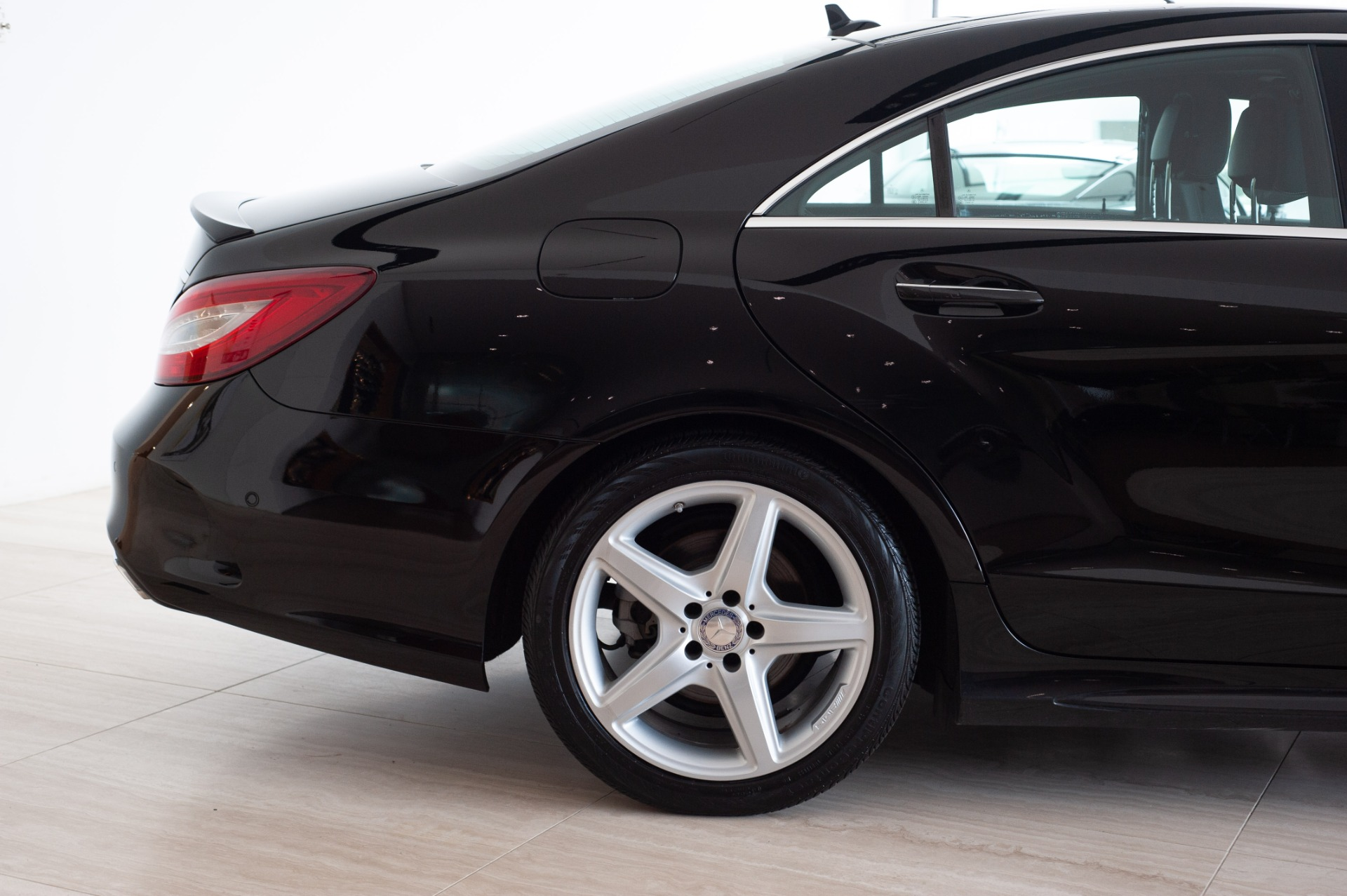 Used-2015-Mercedes-Benz-CLS-400