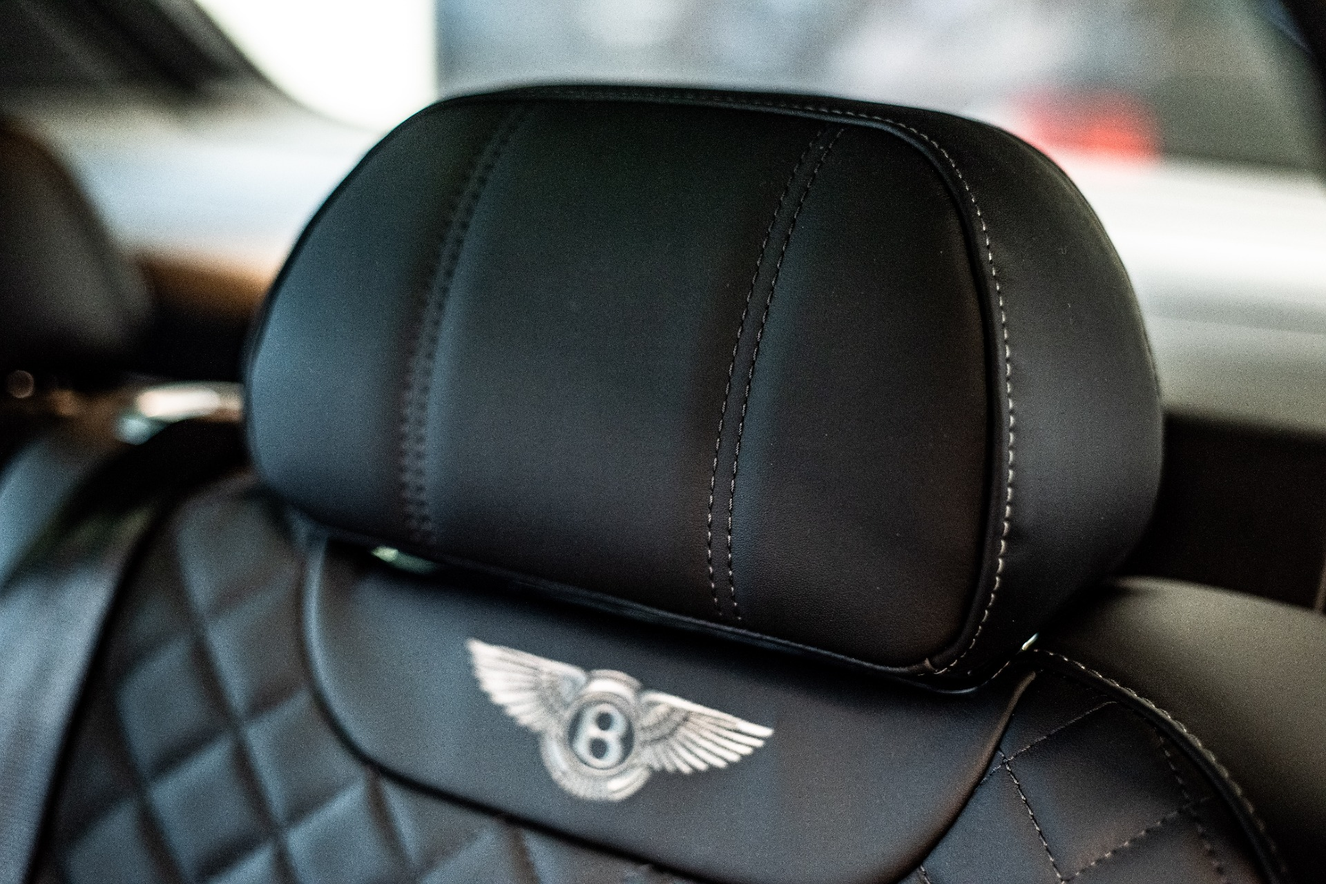 New-2019-Bentley-BENTAYGA-V8
