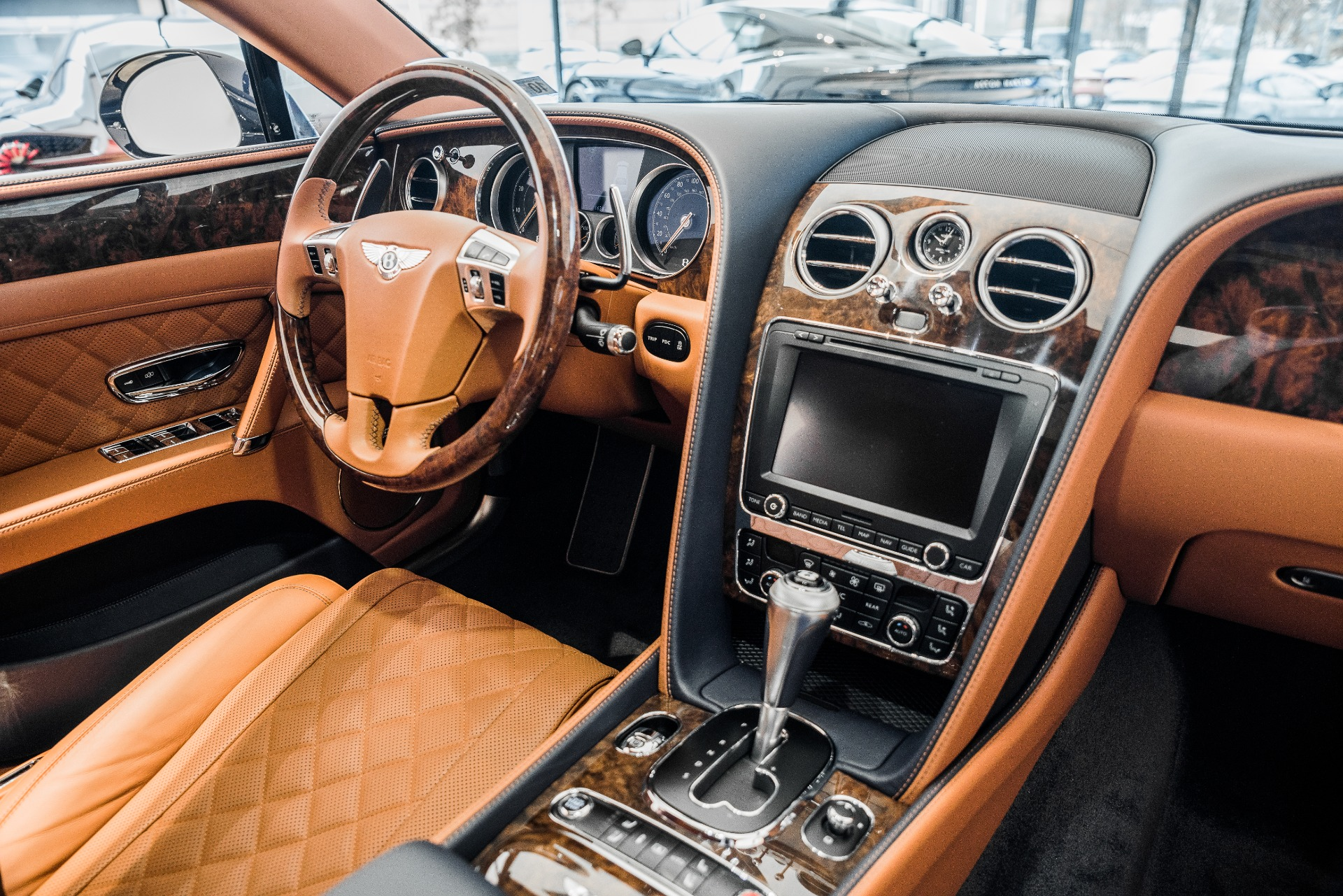 Used-2018-Bentley-Flying-Spur-W12