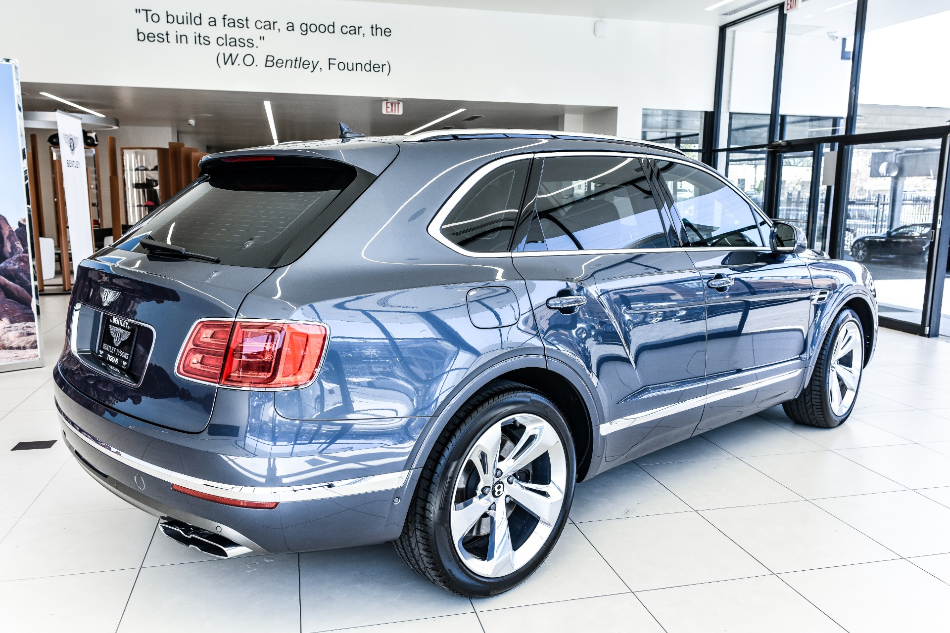 New-2019-Bentley-Bentayga-Mulliner
