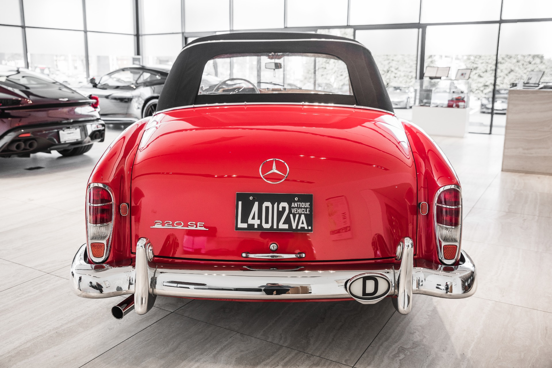 Used-1960-Mercedes-Benz-220SE-Roadster