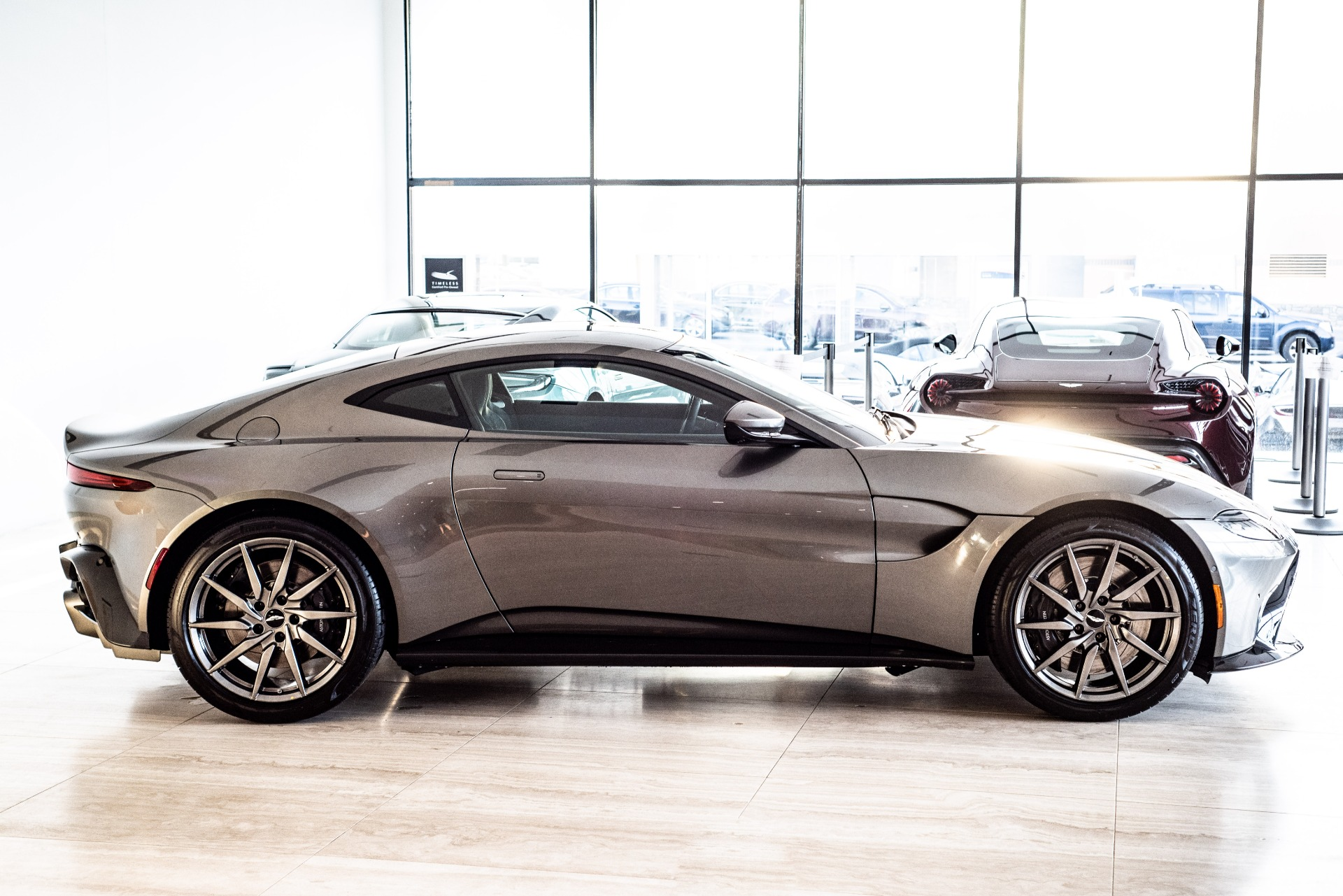 New-2019-Aston-Martin-Vantage