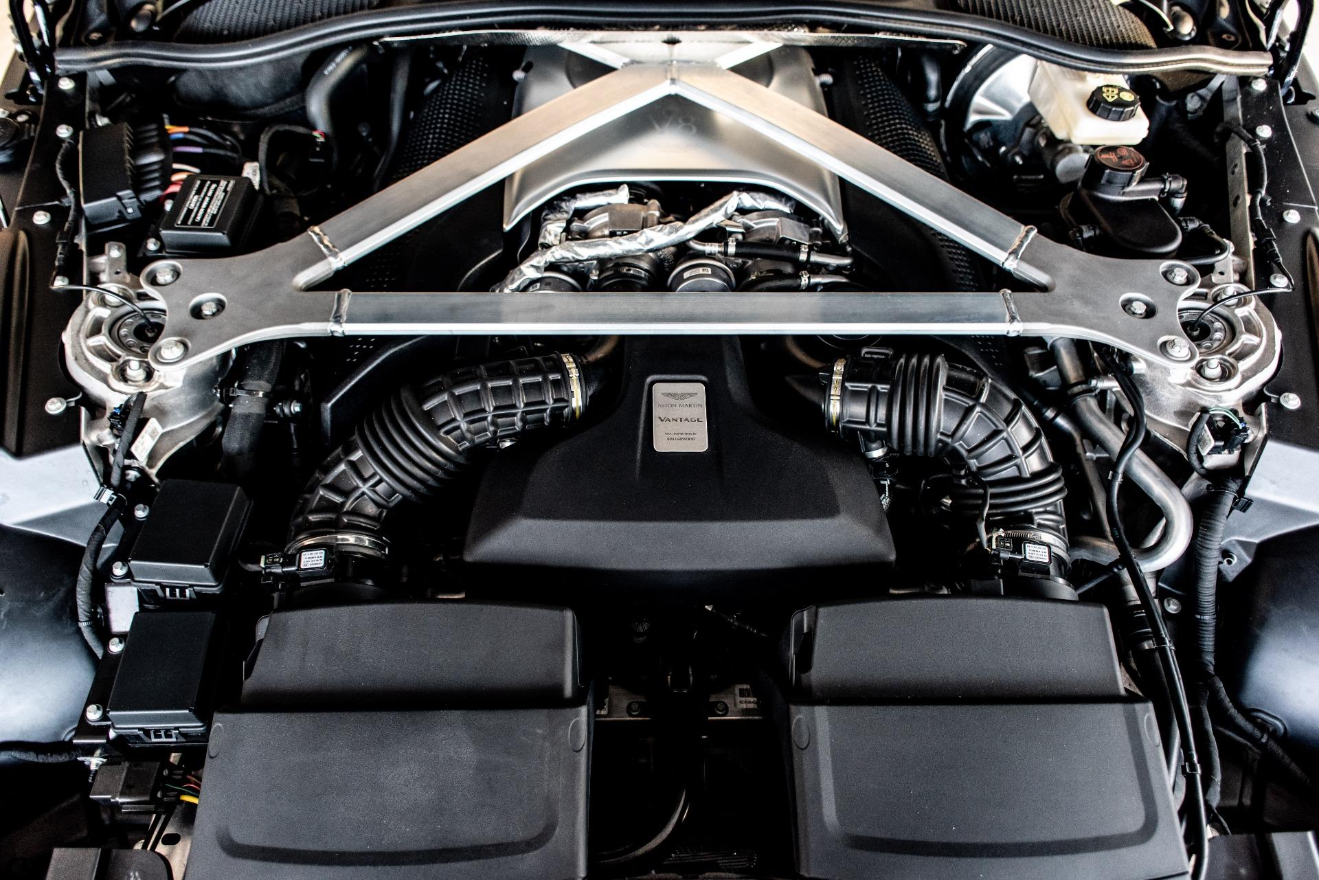 Used-2019-Aston-Martin-Vantage