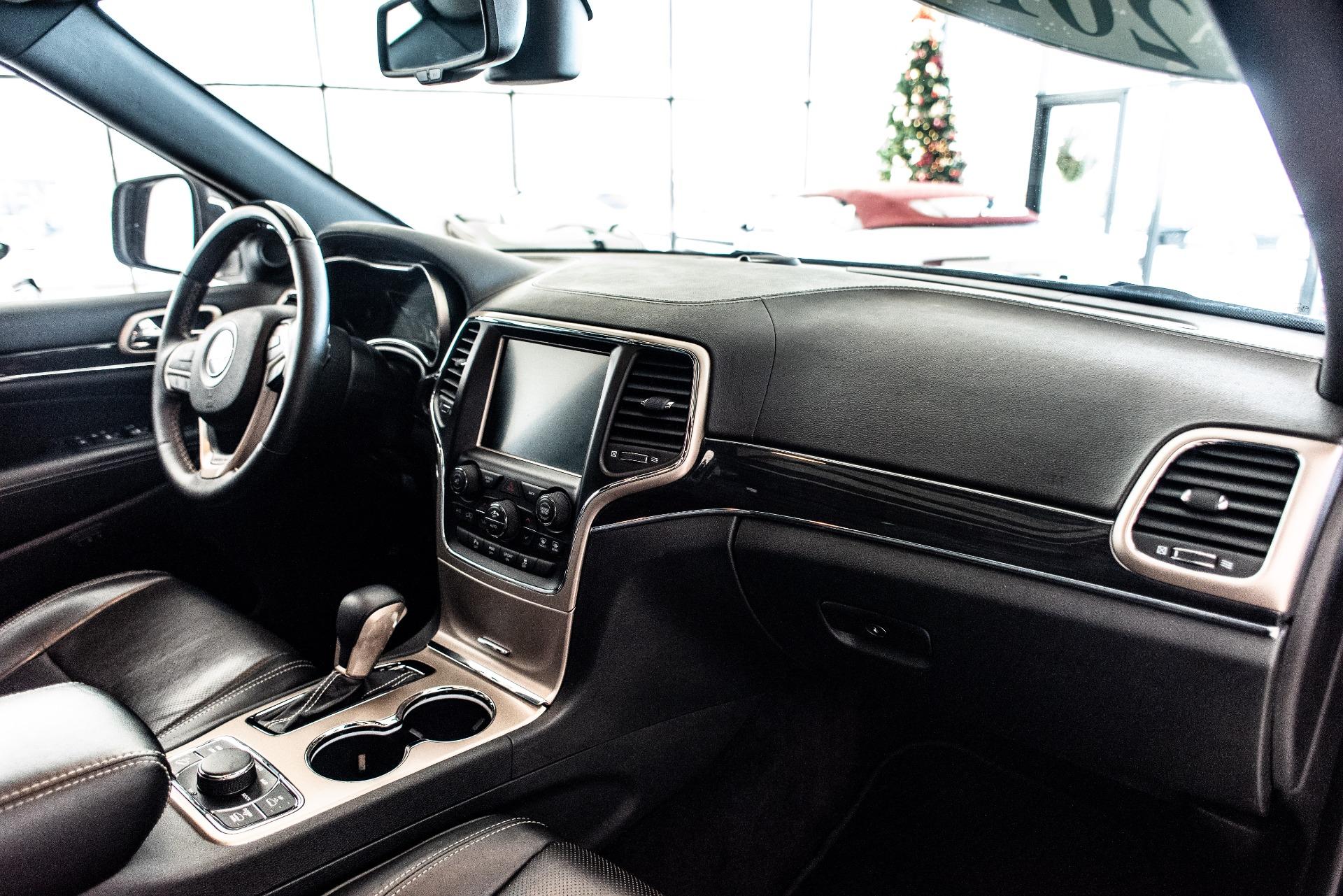 Used-2016-Jeep-Grand-Cherokee