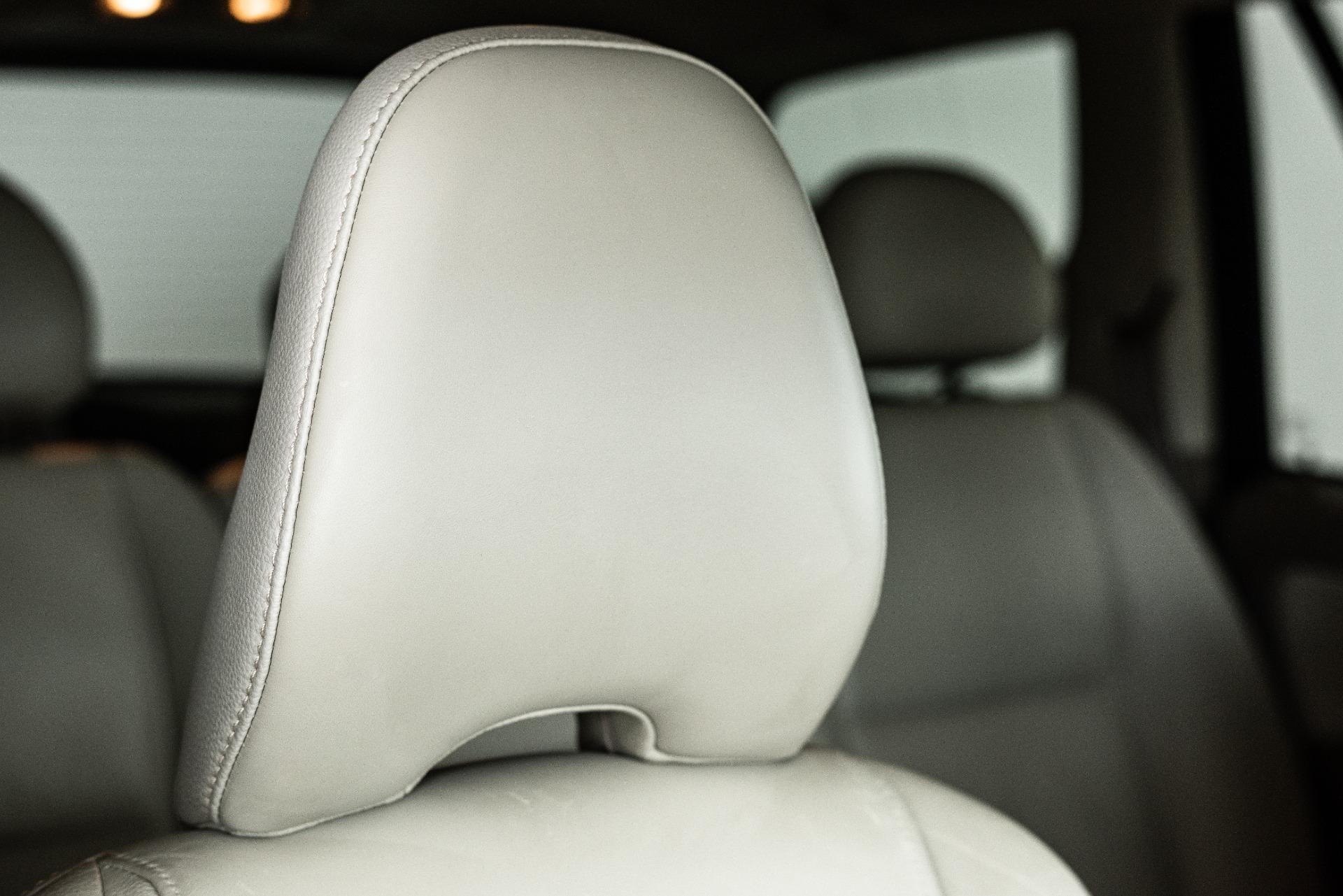 Used-2011-Volvo-XC90-32