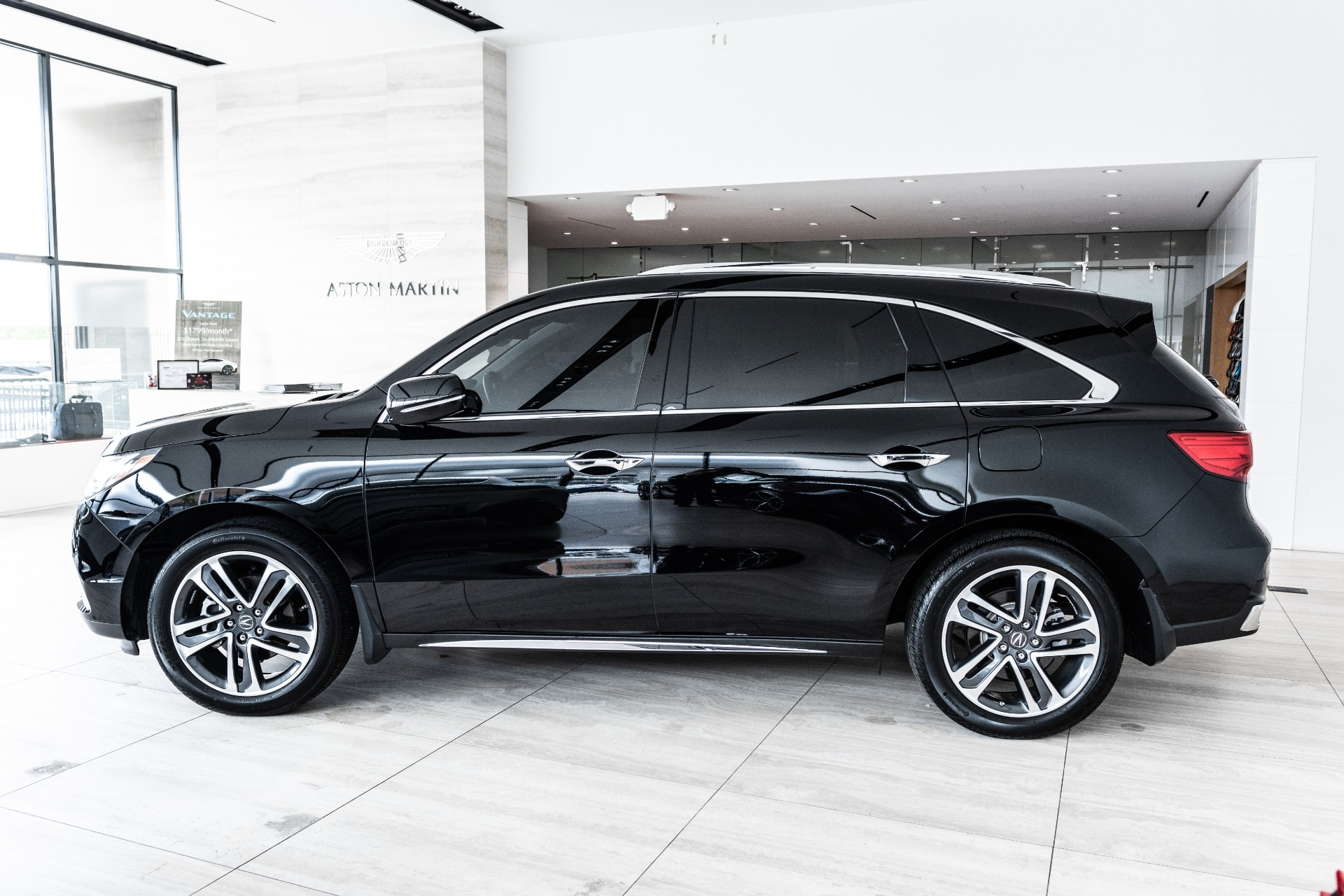 Used-2017-Acura-MDX-SH-AWD-wAdvance-wRES