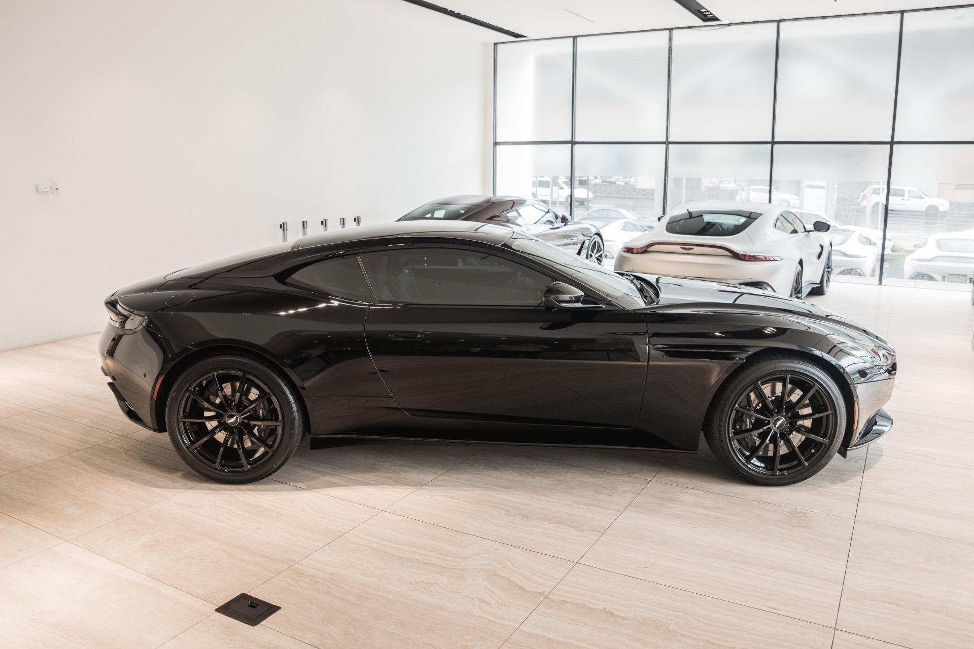 New-2019-Aston-Martin-DB11-AMR