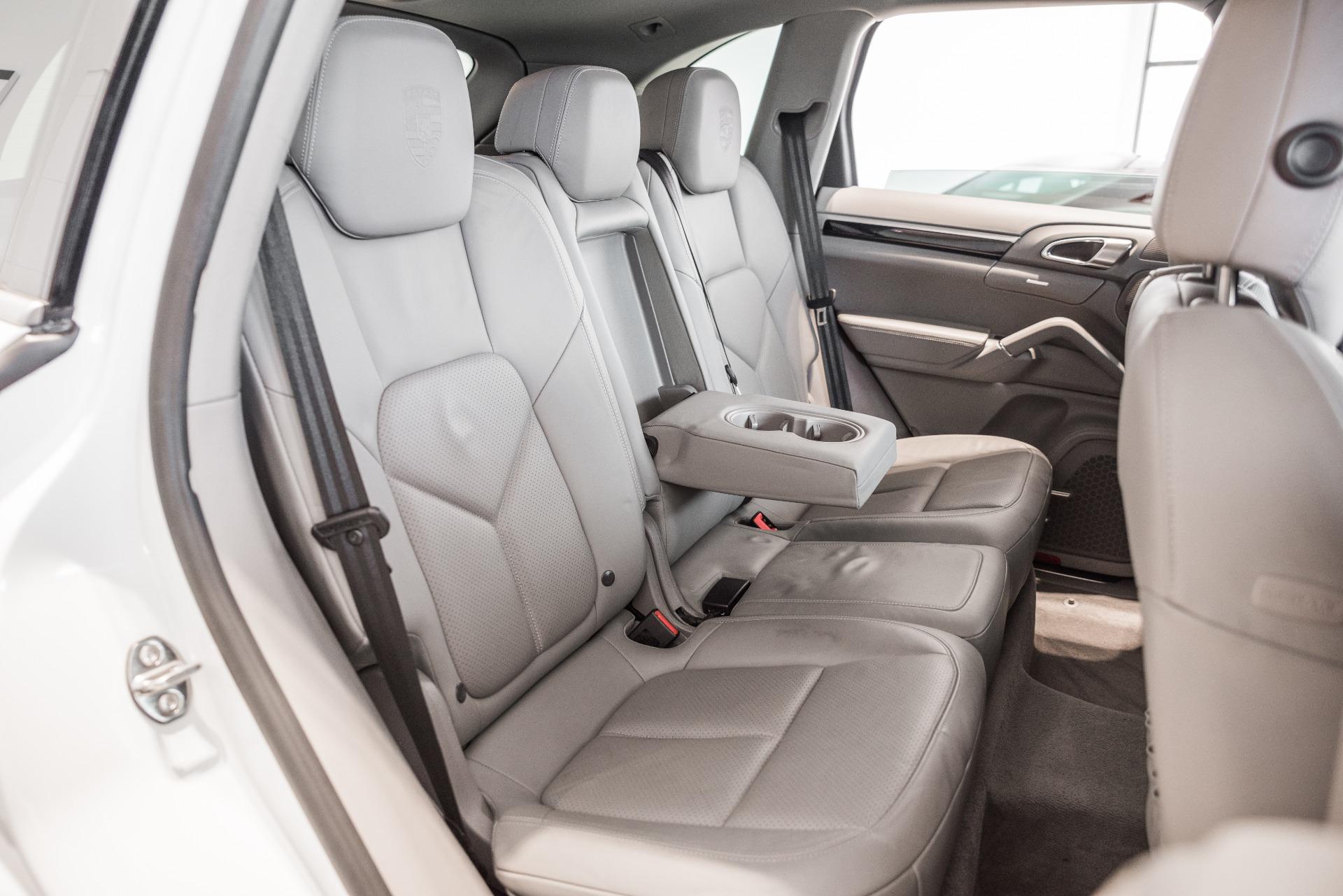 Used-2014-Porsche-Cayenne-Platinum