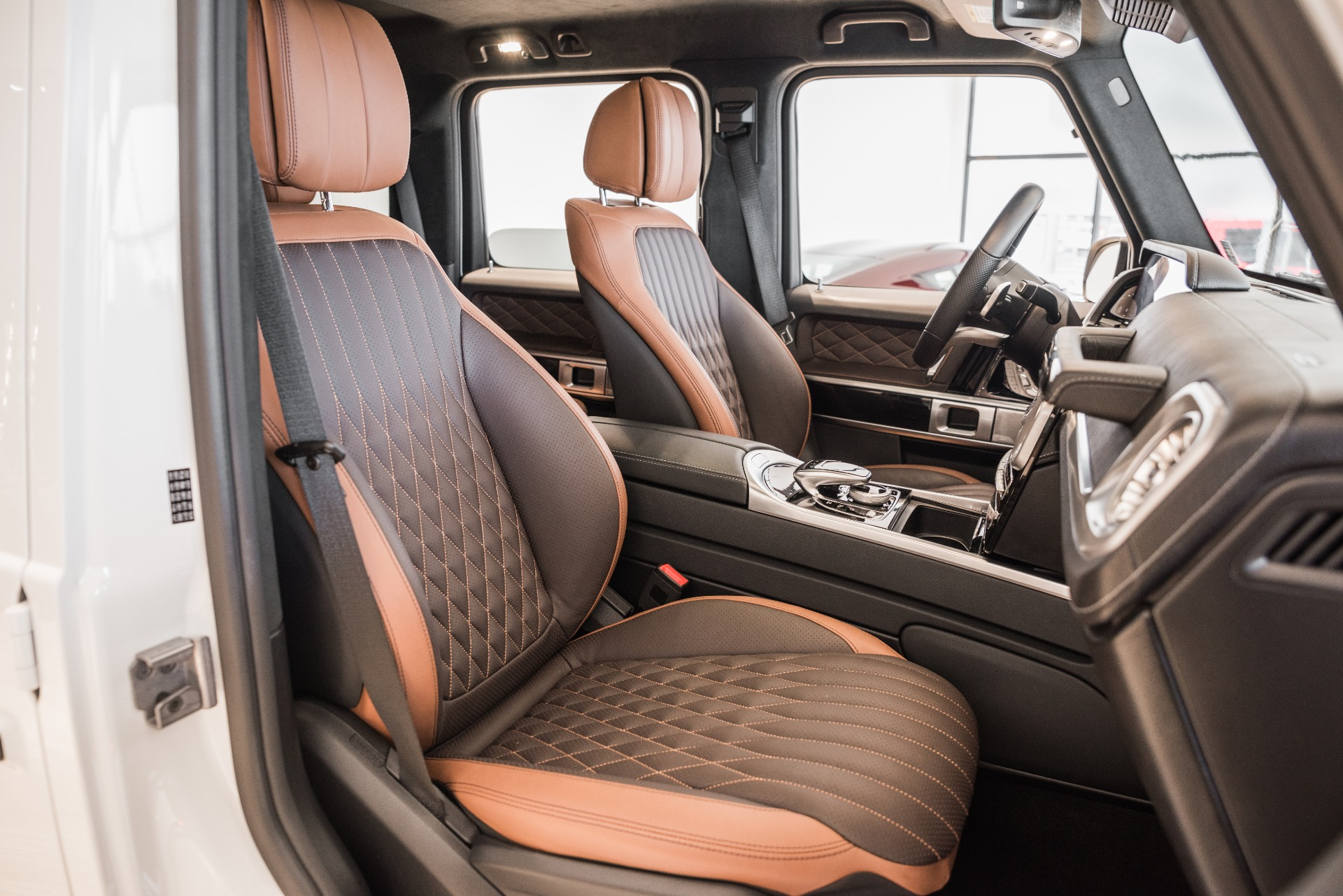Used-2019-Mercedes-Benz-G-Class-G-550