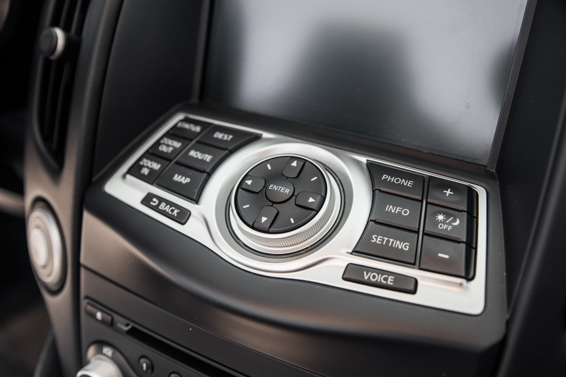 Used-2010-Nissan-370Z