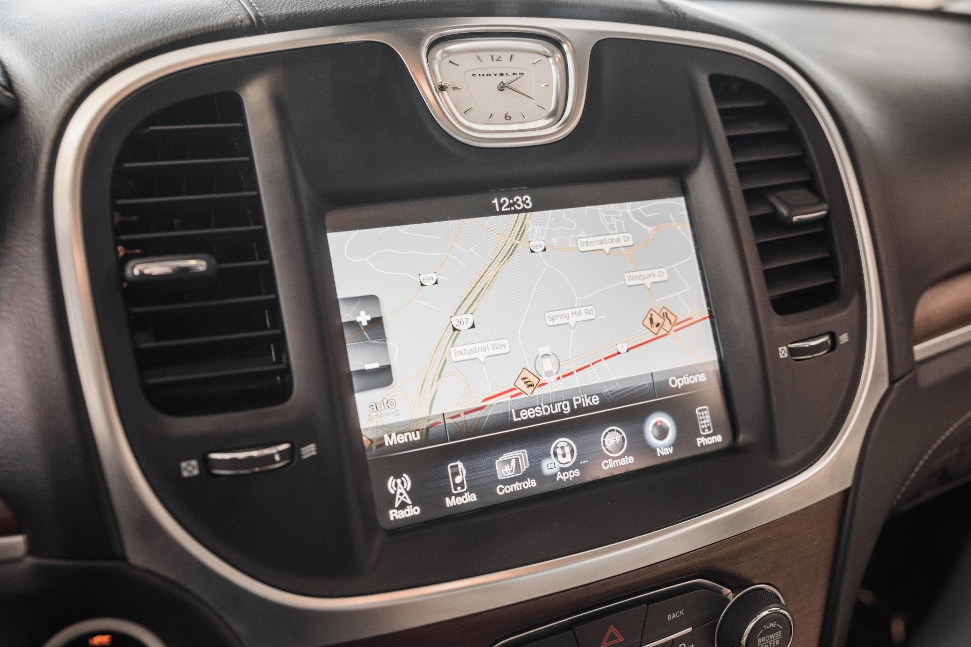 Used-2015-Chrysler-300-C-Platinum