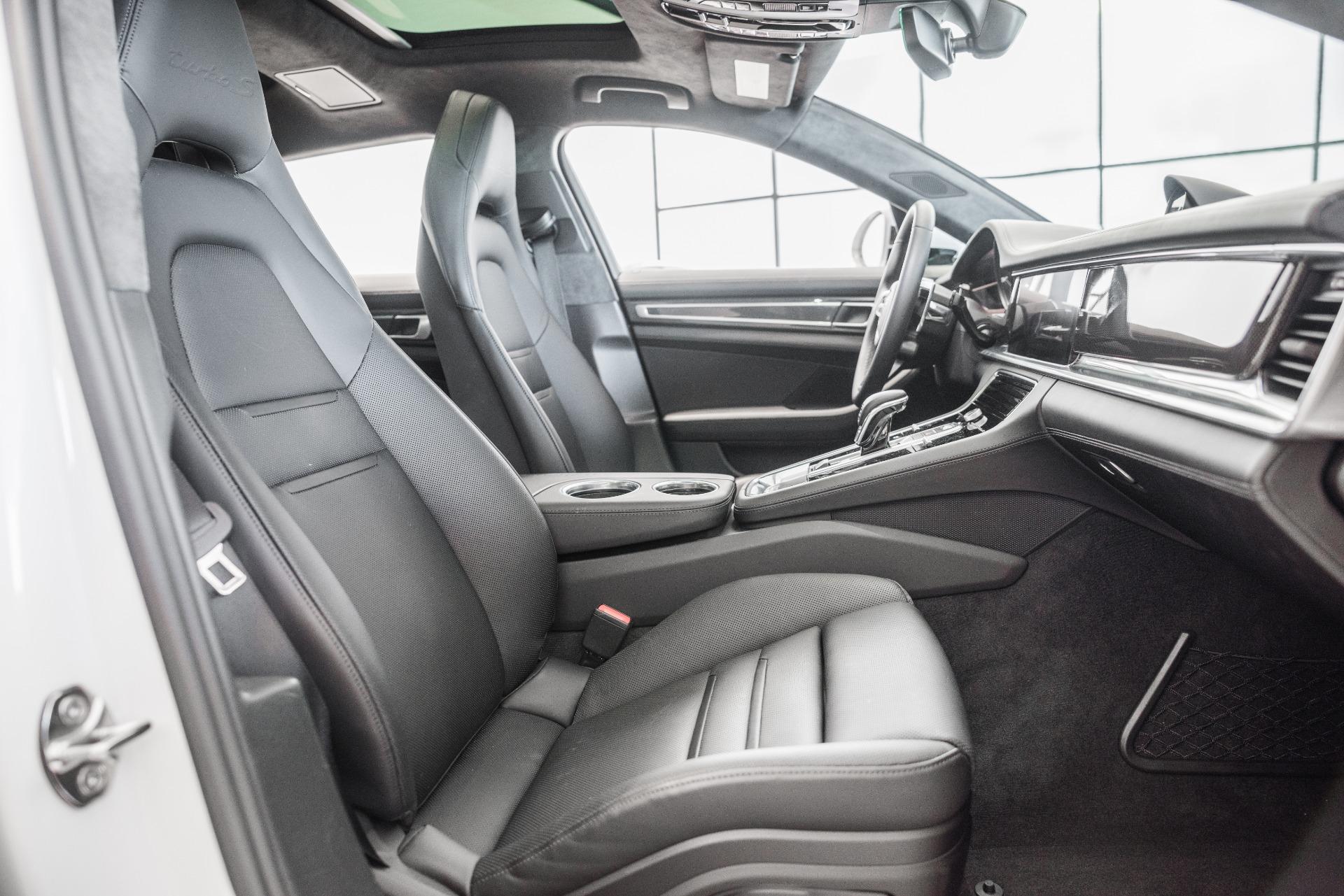 Used-2018-Porsche-Panamera-Turbo-S-E-Hybrid-Executive