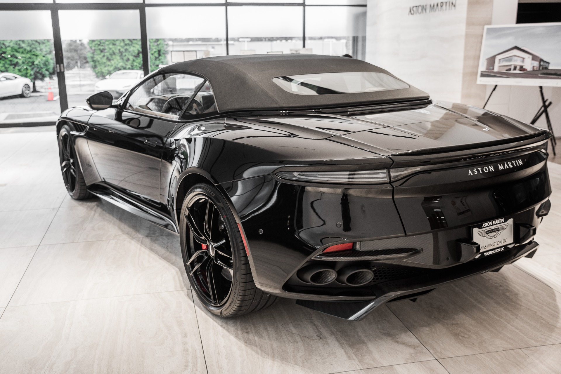 New-2020-ASTON-MARTIN-DBS