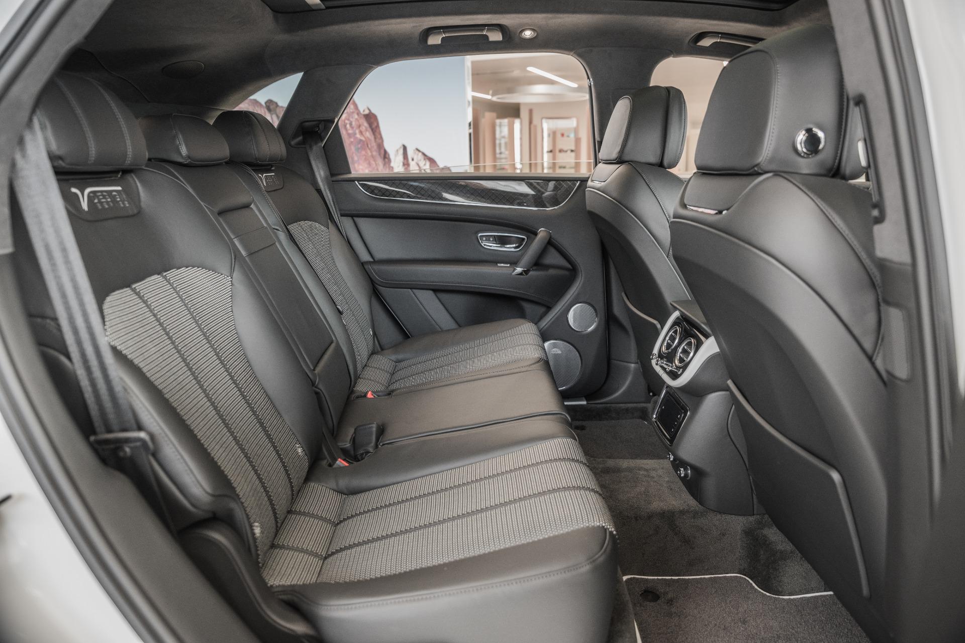 Used-2020-Bentley-Bentayga-V8