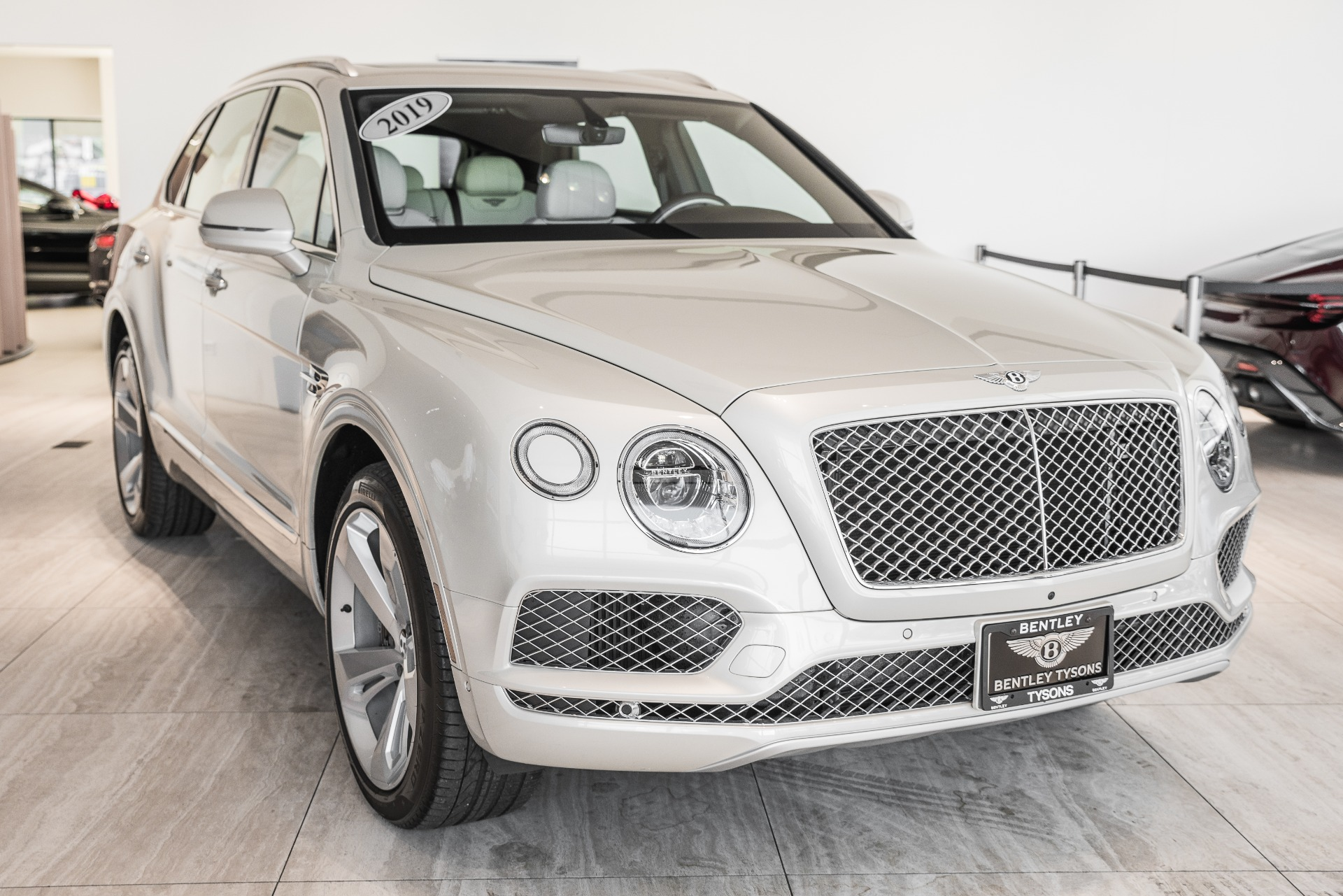 Used-2019-Bentley-Bentayga-V8