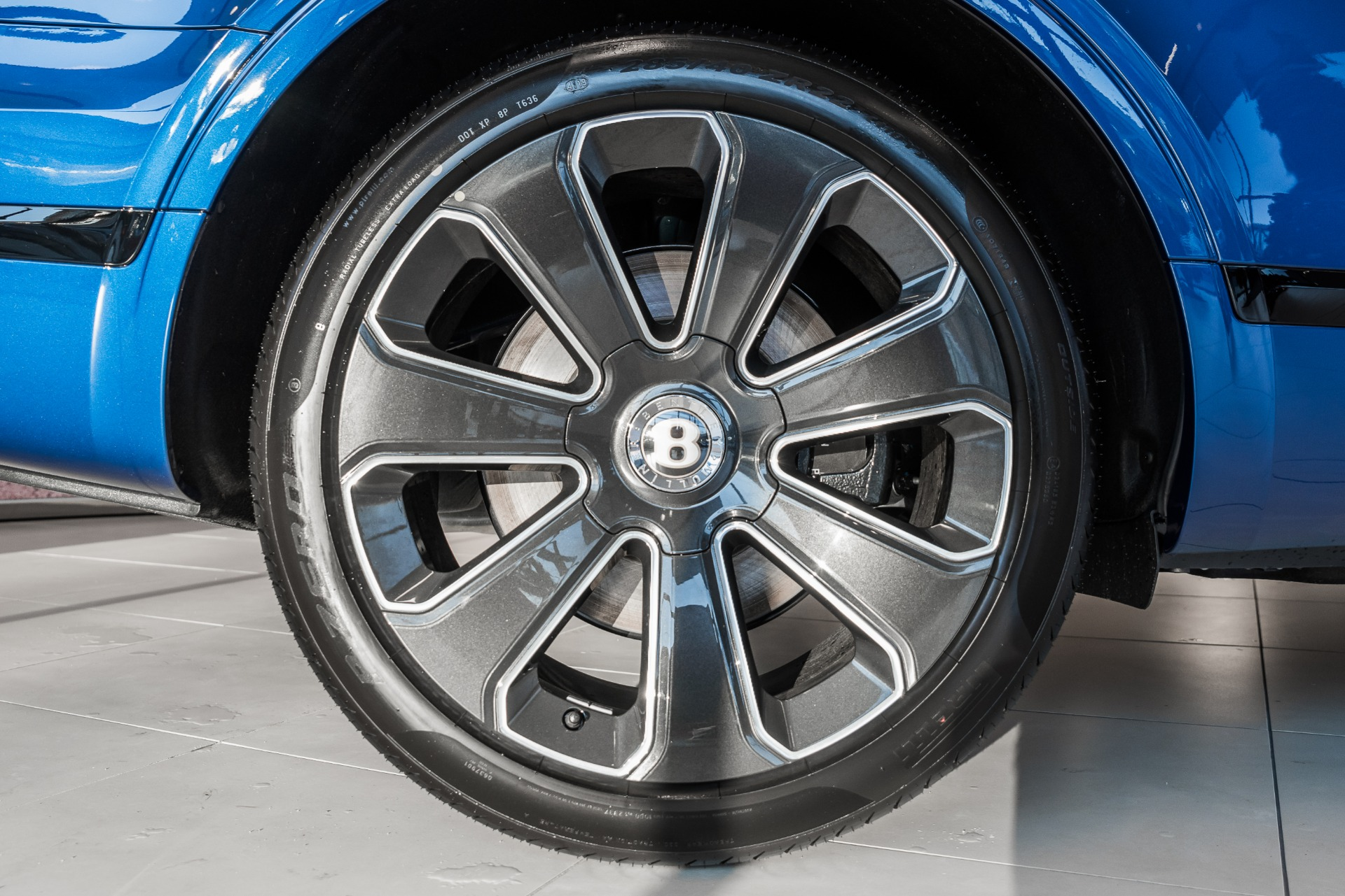 New-2020-Bentley-Bentayga-V8