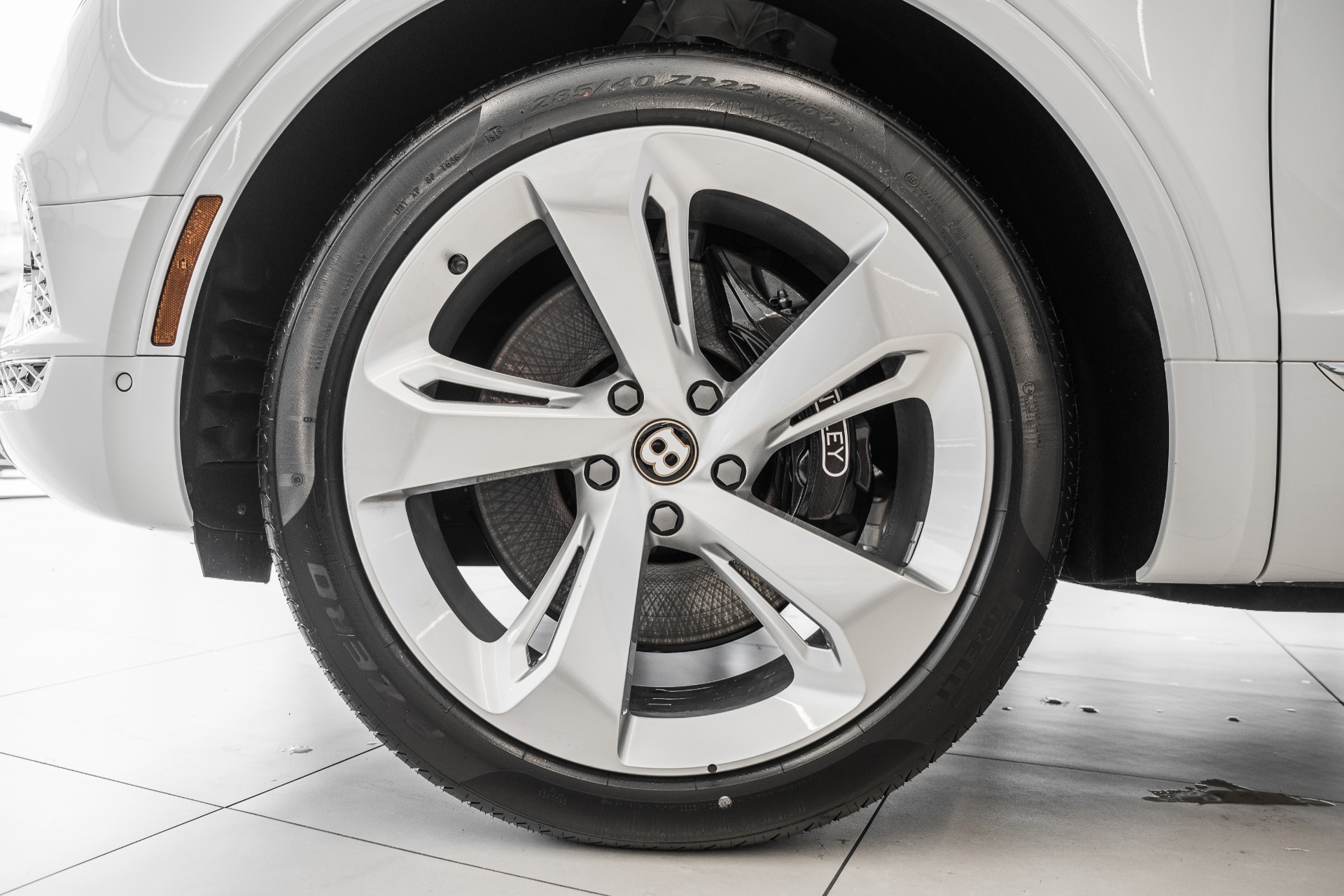 New-2020-Bentley-Bentayga-Hybrid