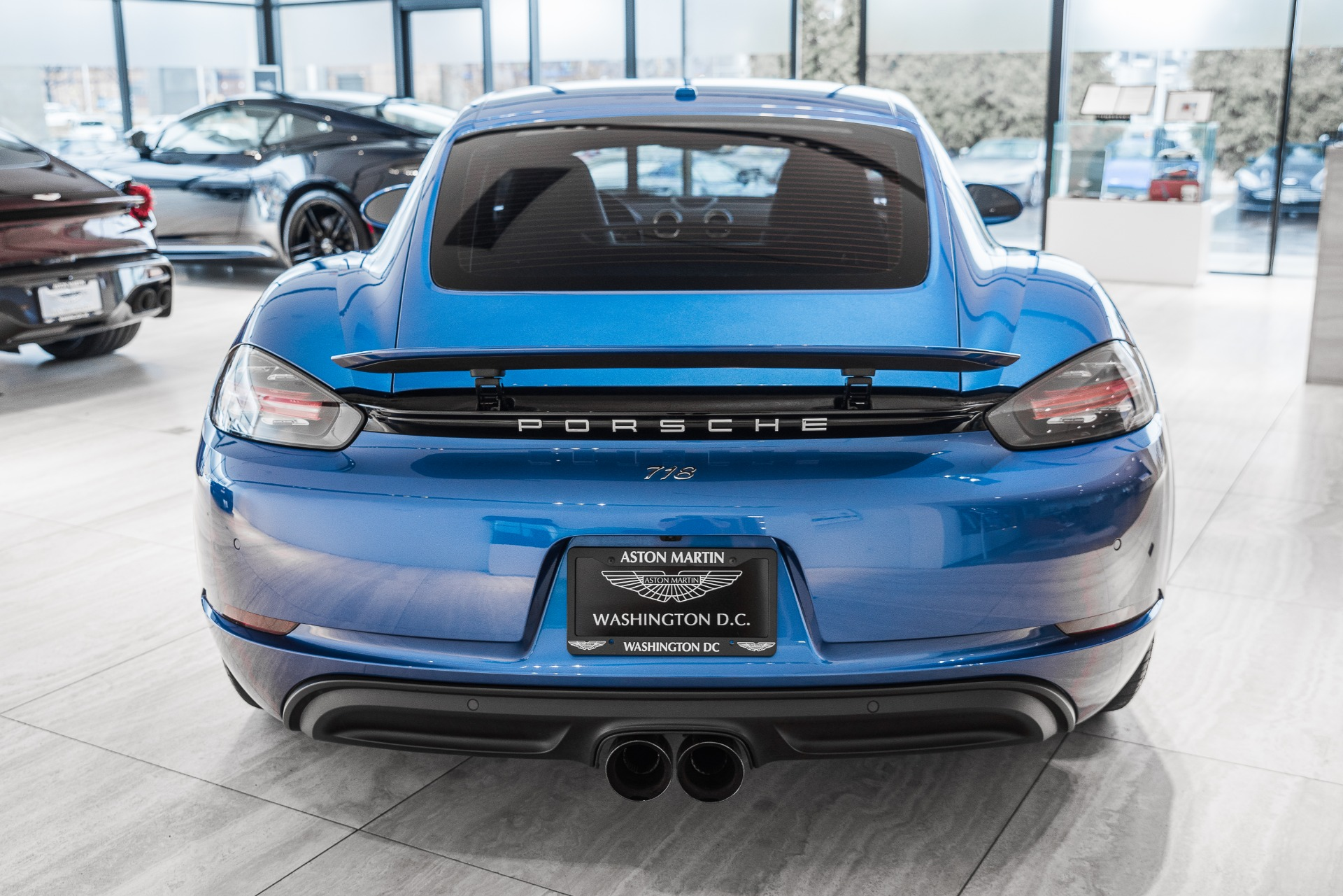 Used-2018-Porsche-718-Cayman