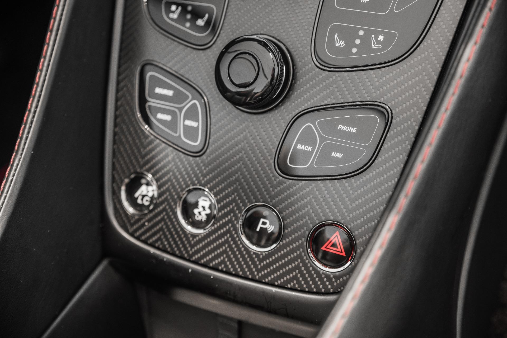Used-2015-Aston-Martin-Vanquish-Volante