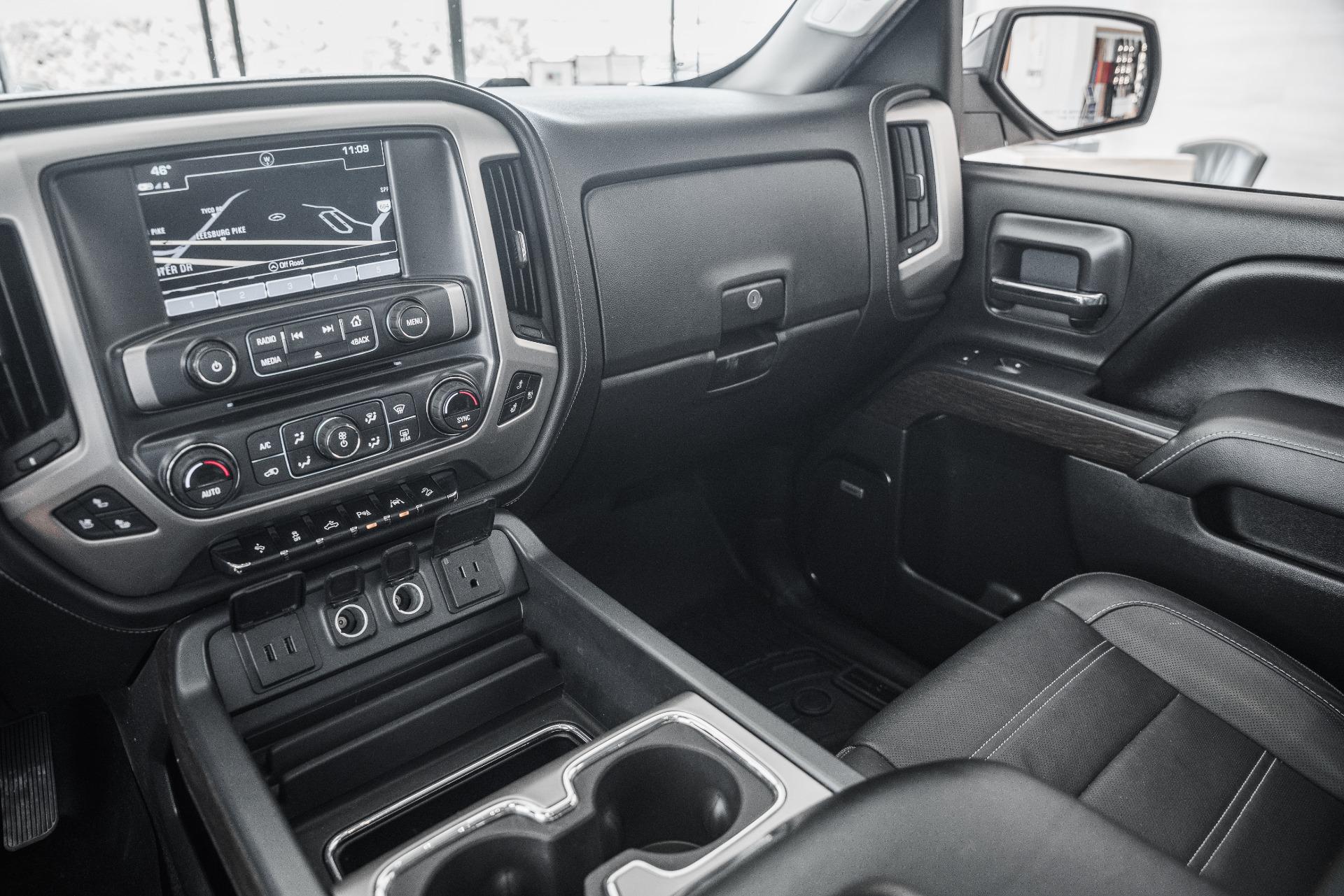 Used-2017-GMC-Sierra-1500