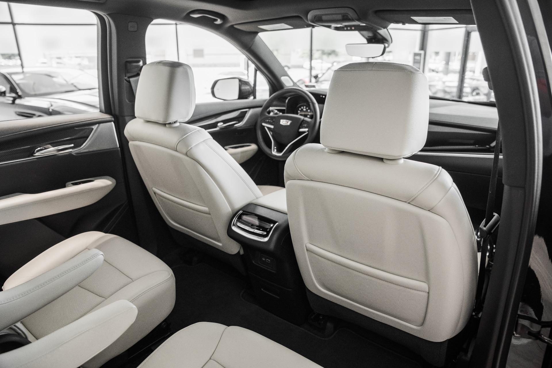 Used-2020-Cadillac-XT6-Sport