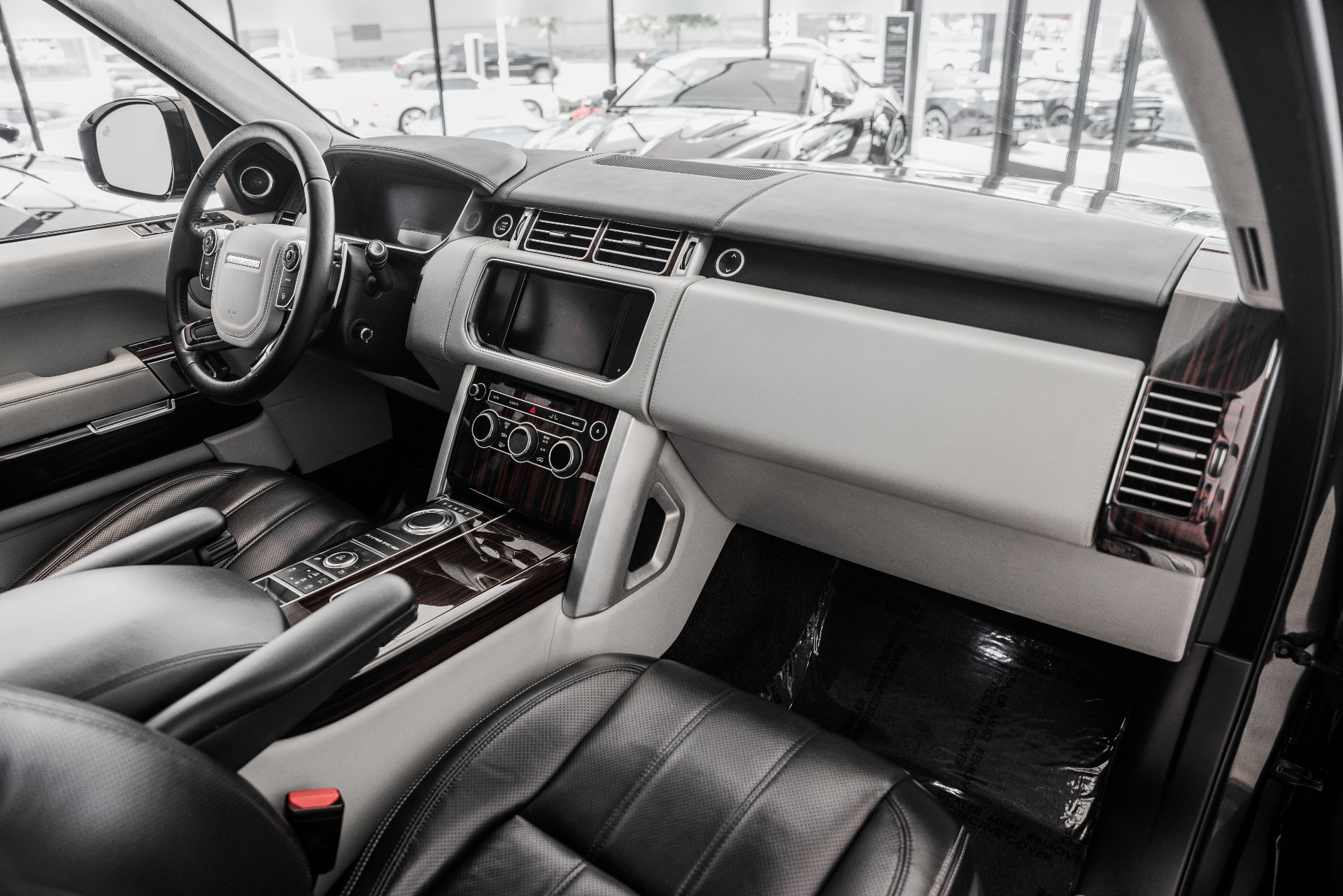 Used-2014-Land-Rover-Range-Rover-Autobiography