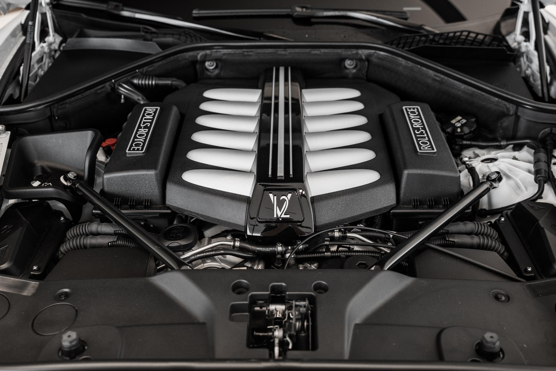 Used-2020-Rolls-Royce-Ghost