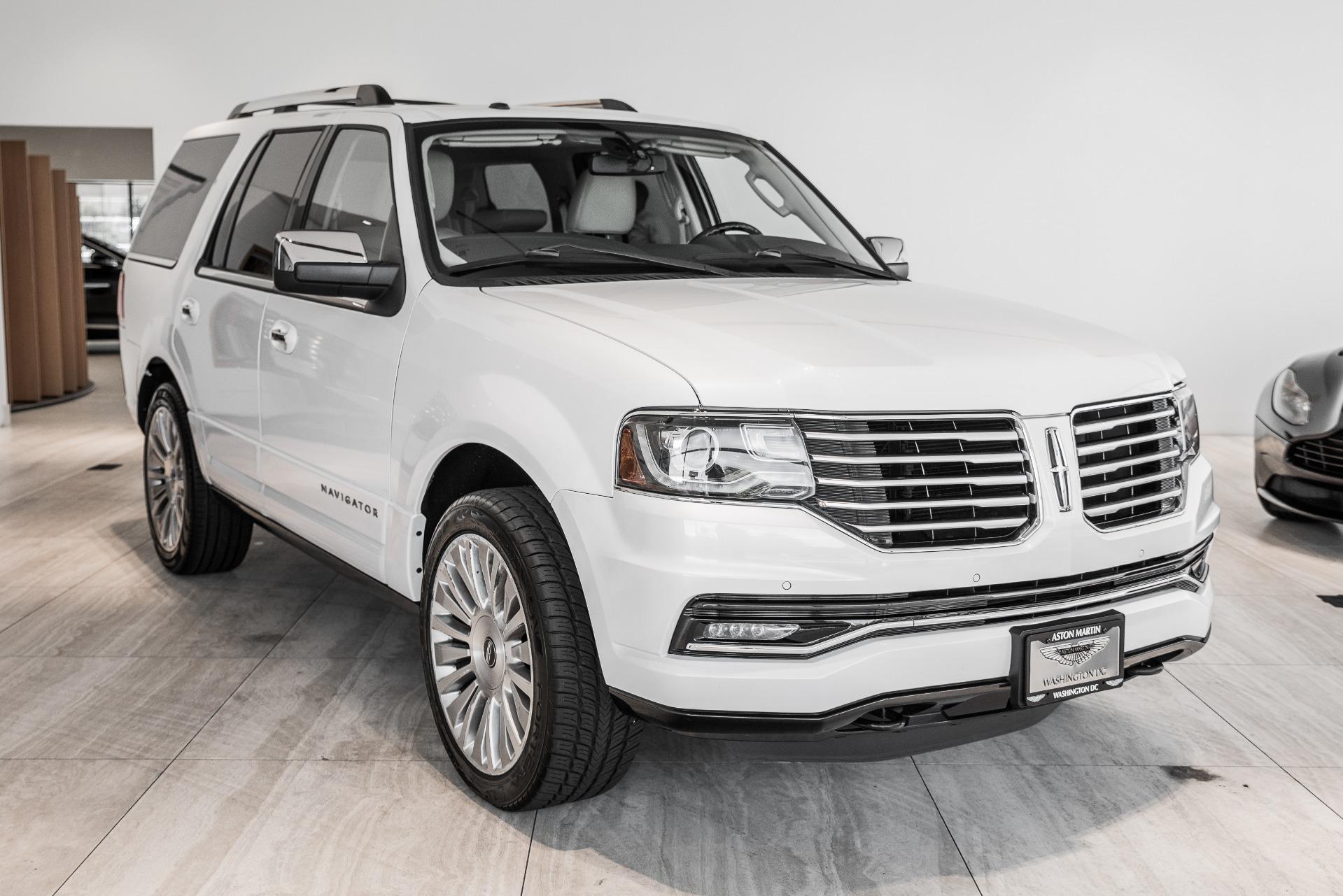Used-2015-Lincoln-Navigator