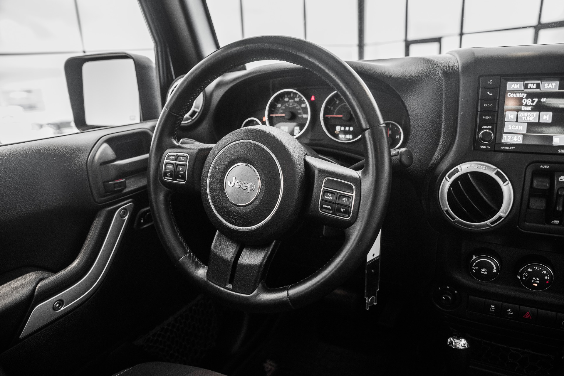 Used-2013-Jeep-Wrangler-Unlimited