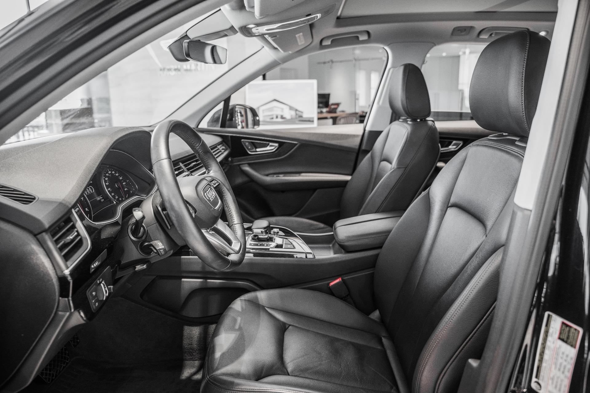 Used-2017-Audi-Q7