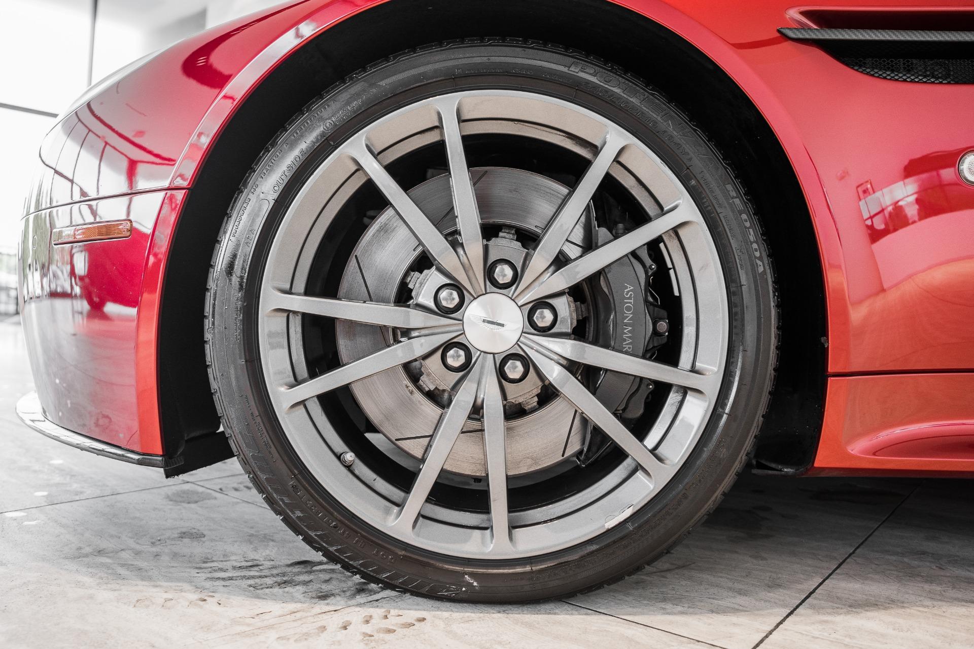 Used-2016-Aston-Martin-V8-Vantage-S