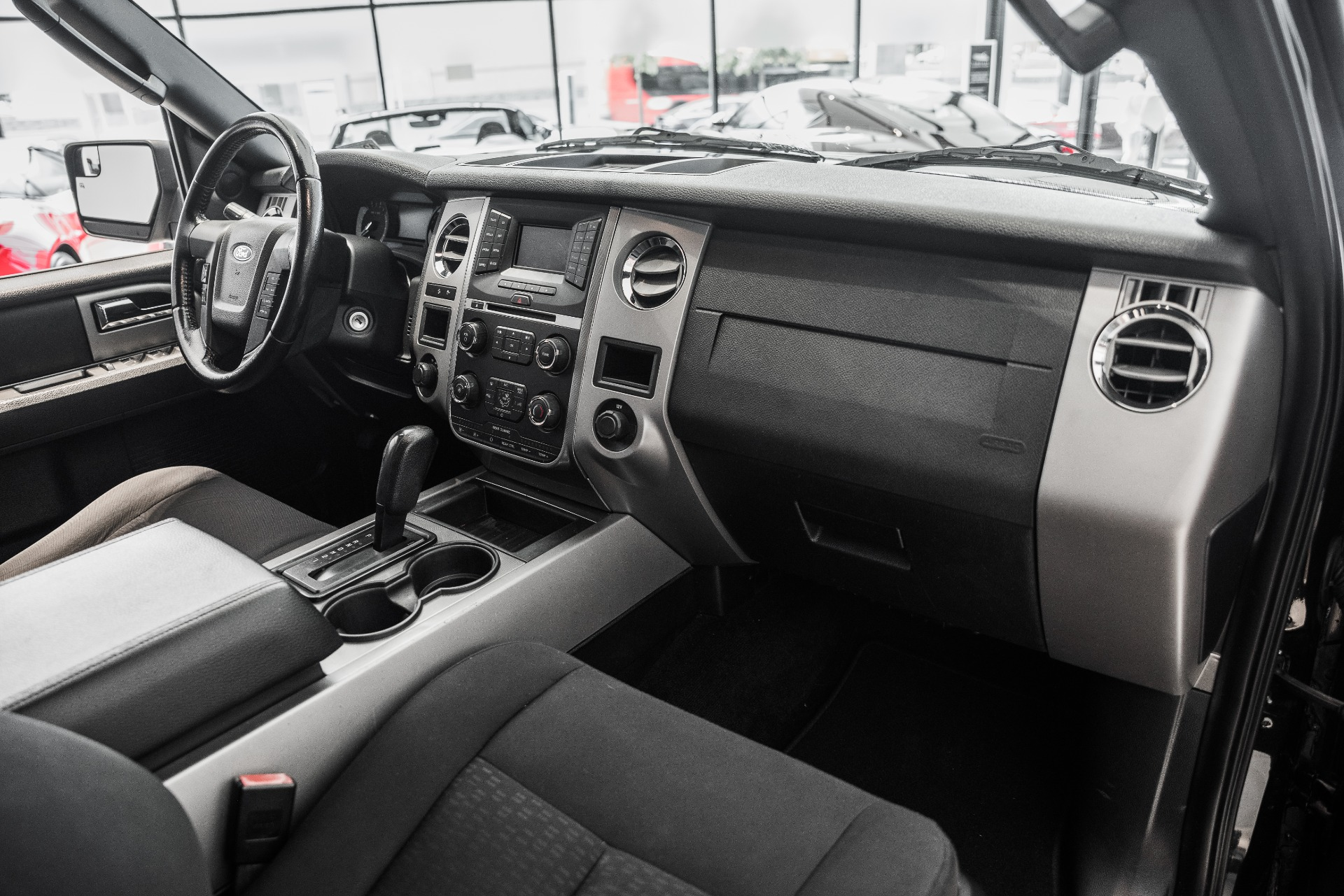 Used-2015-Ford-Expedition-XLT