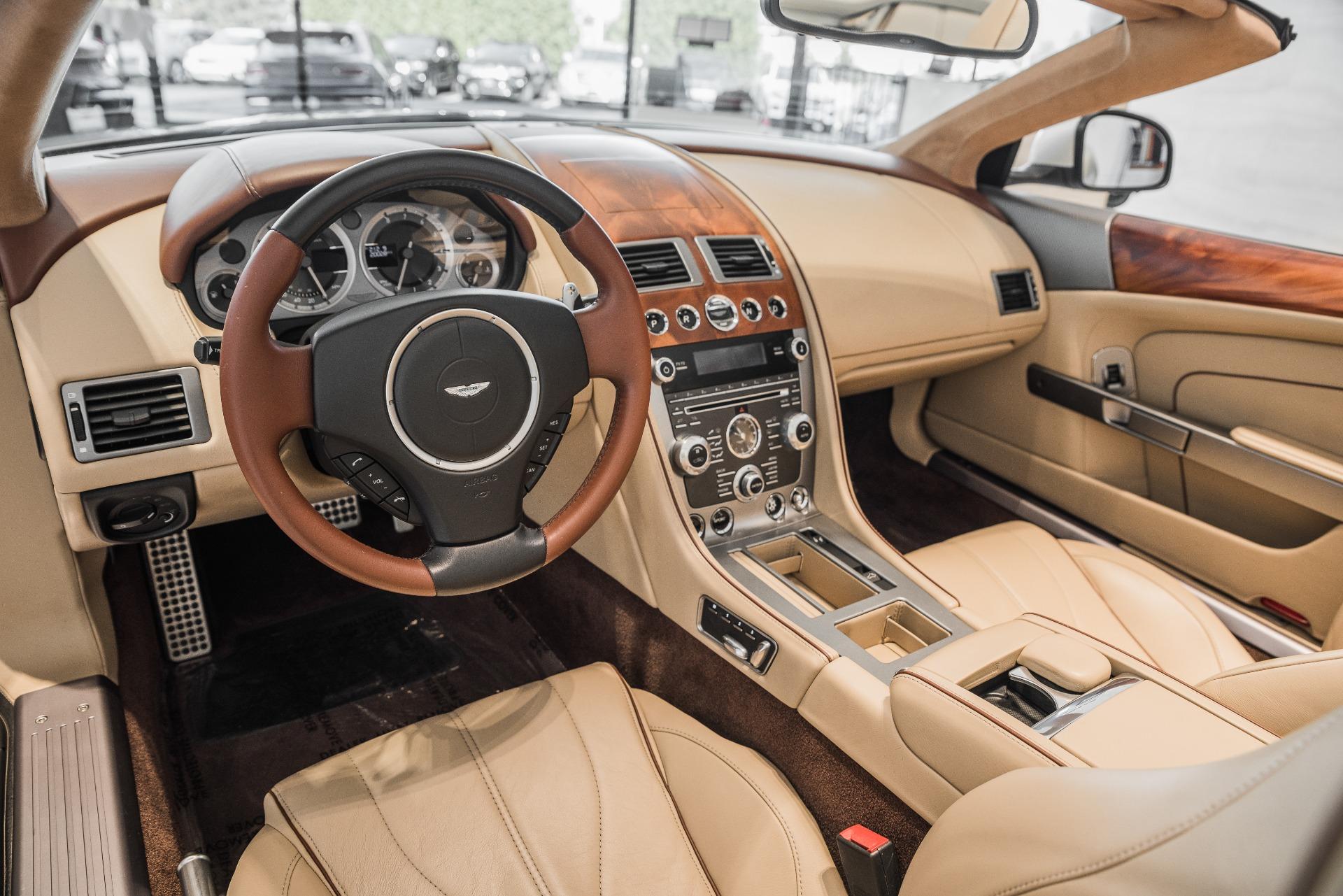 Used-2013-Aston-Martin-DB9-Volante
