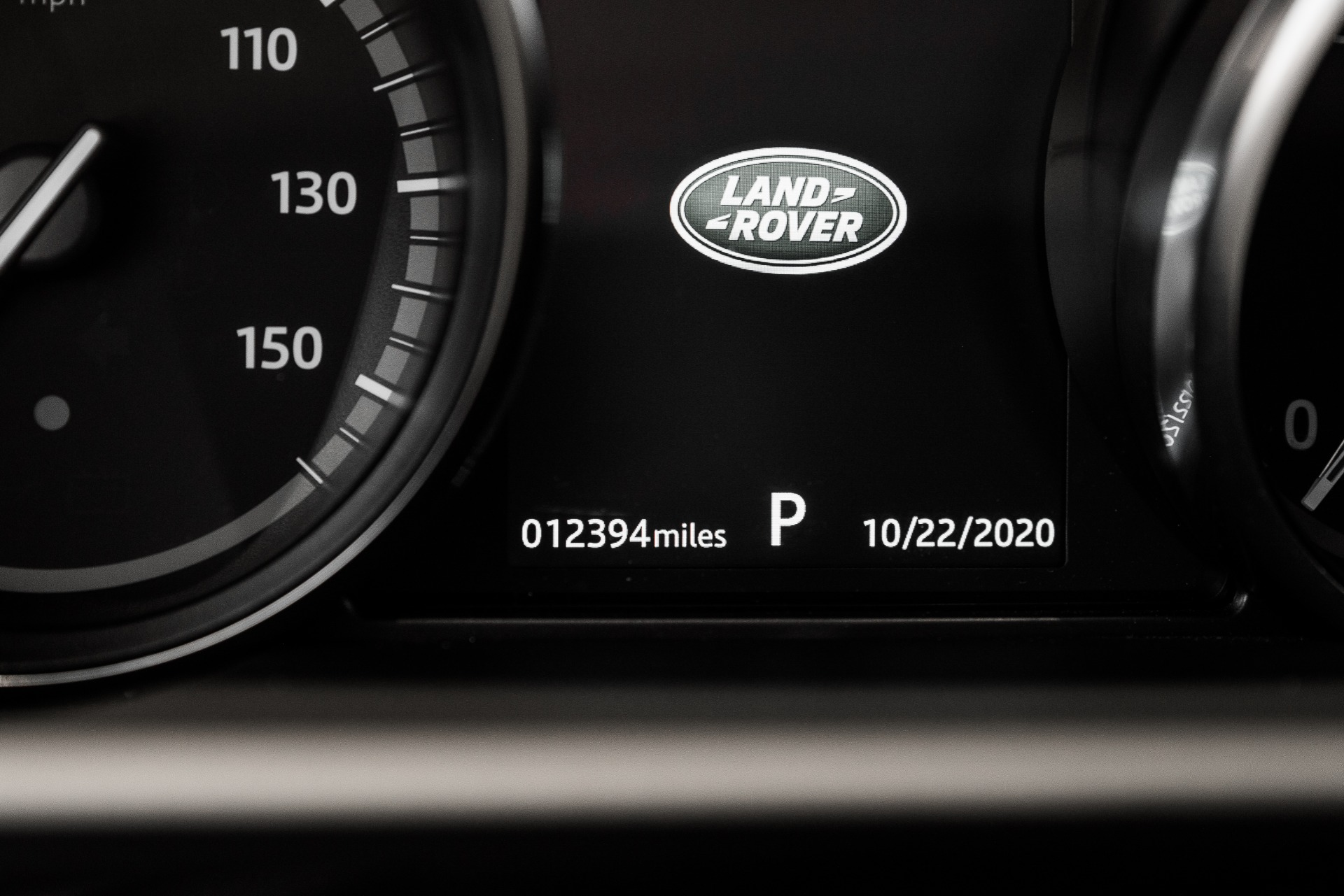 Used-2020-Land-Rover-Discovery-SE