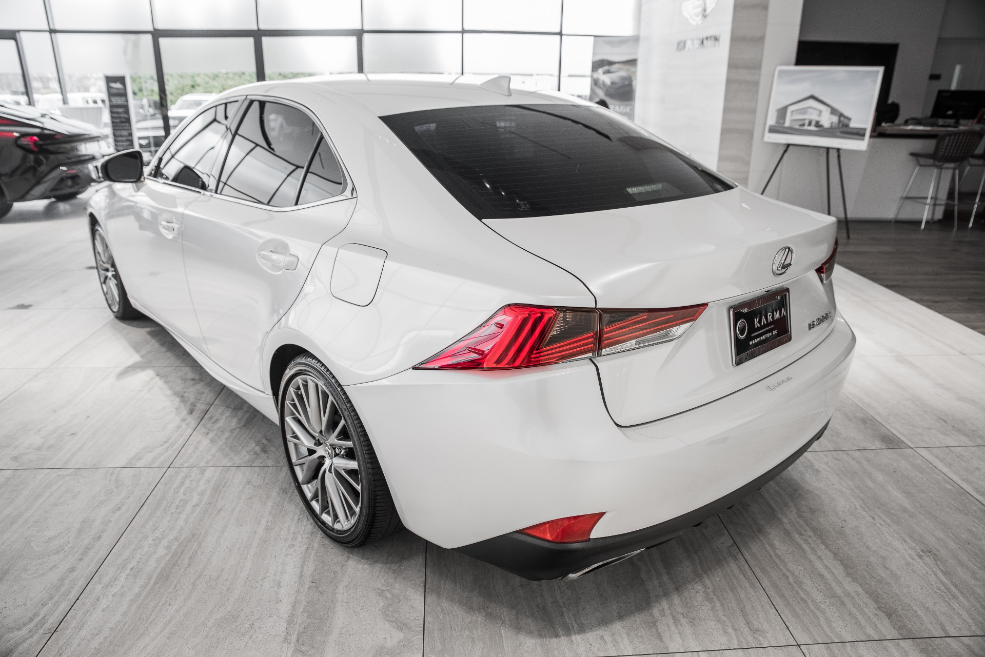 Used-2017-Lexus-IS