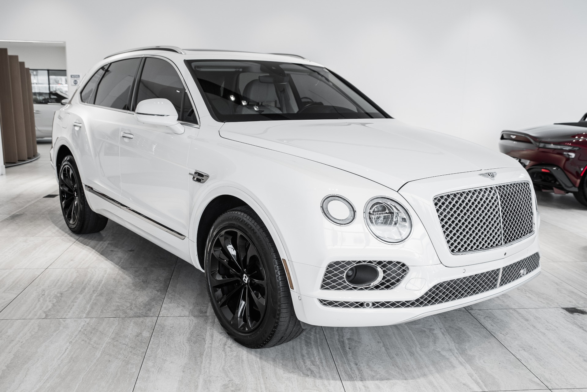 Used-2018-Bentley-Bentayga