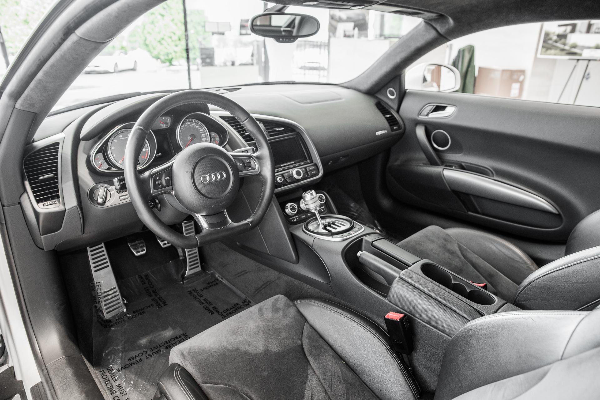 Used-2009-Audi-R8-quattro