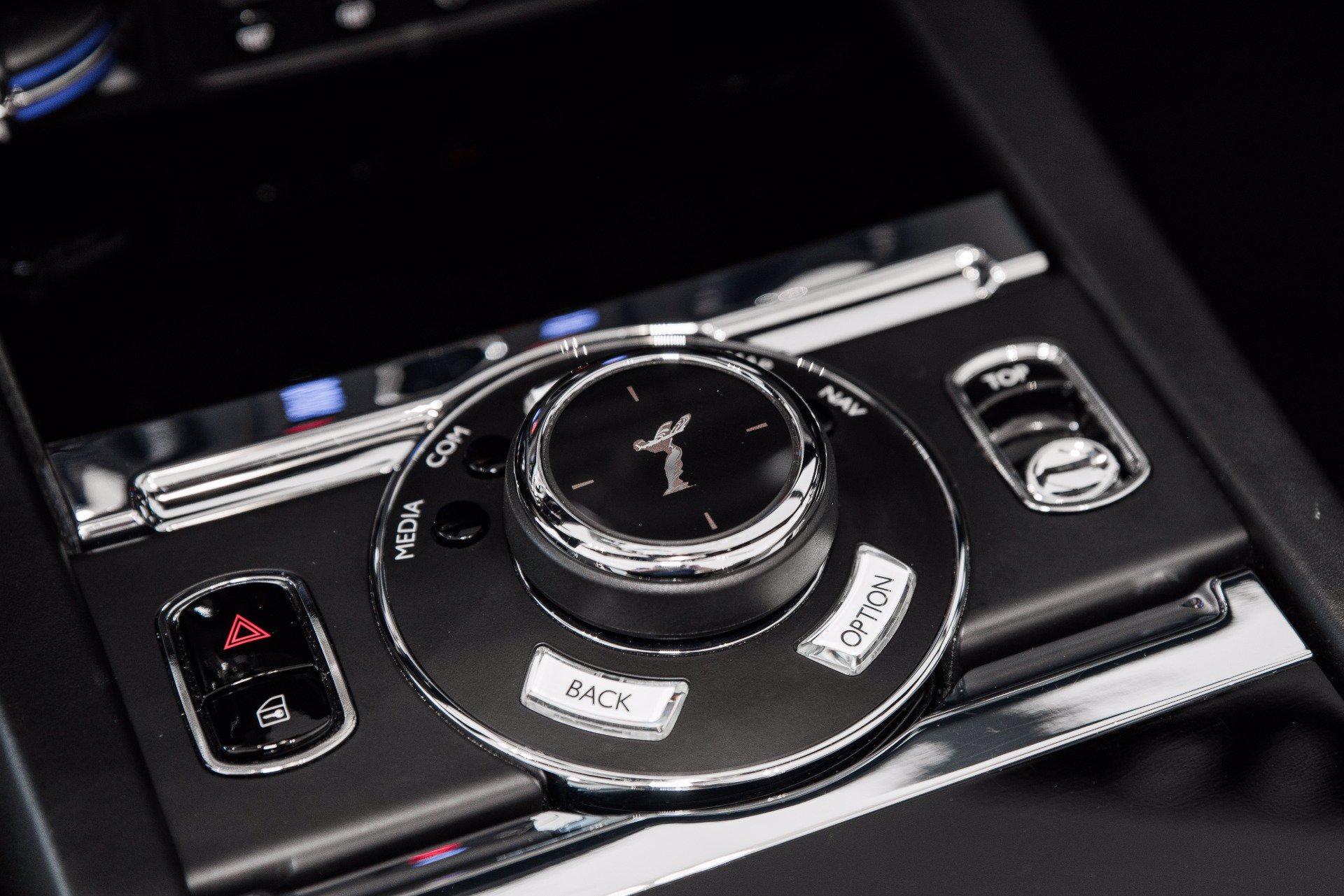 Used-2018-Rolls-Royce-Dawn