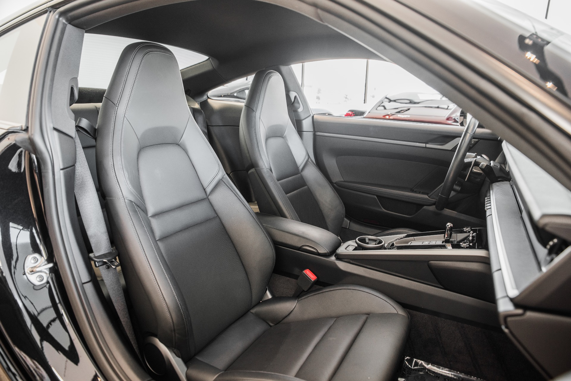 Used-2020-Porsche-911-Carrera-4S