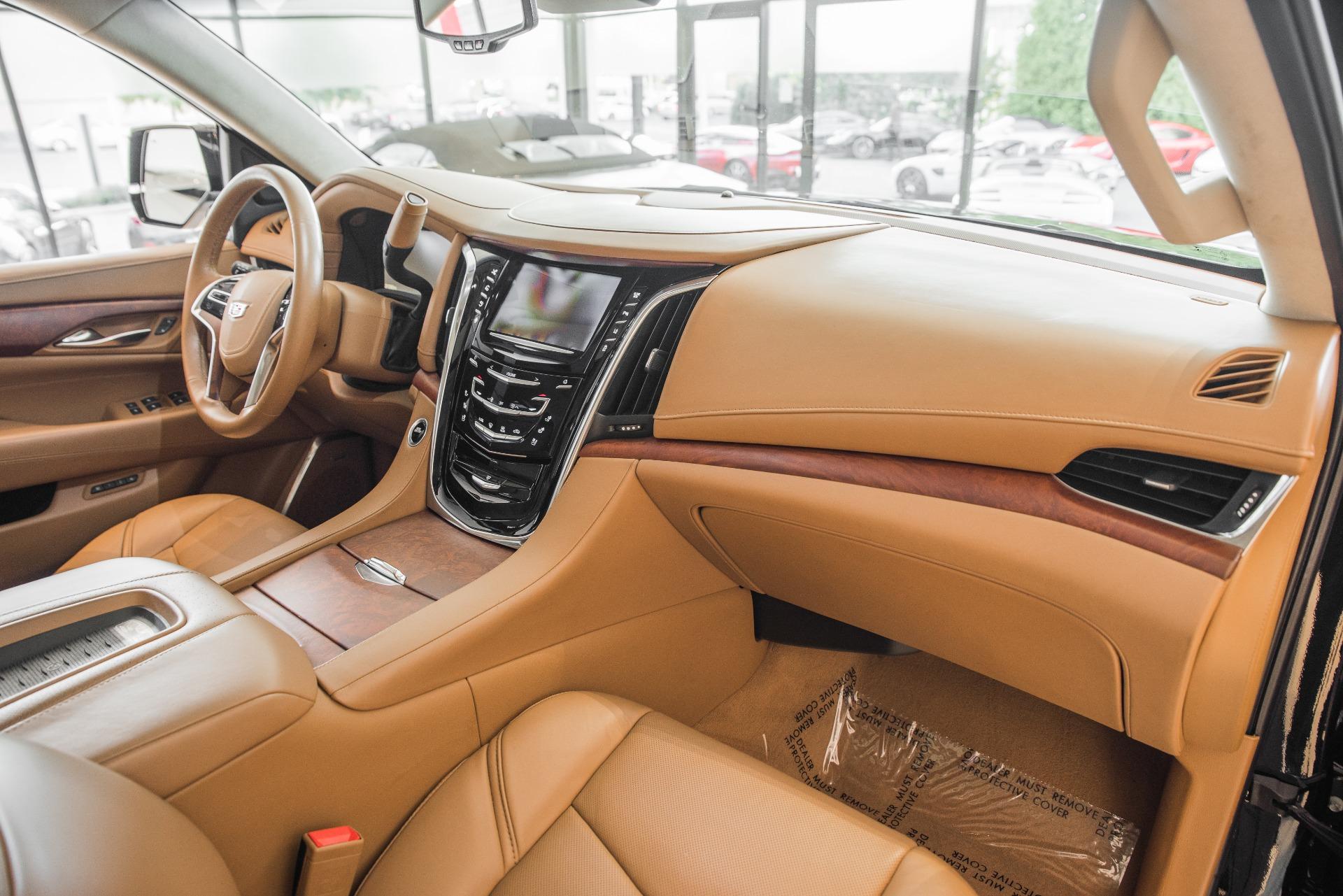 Used-2015-Cadillac-Escalade-Platinum